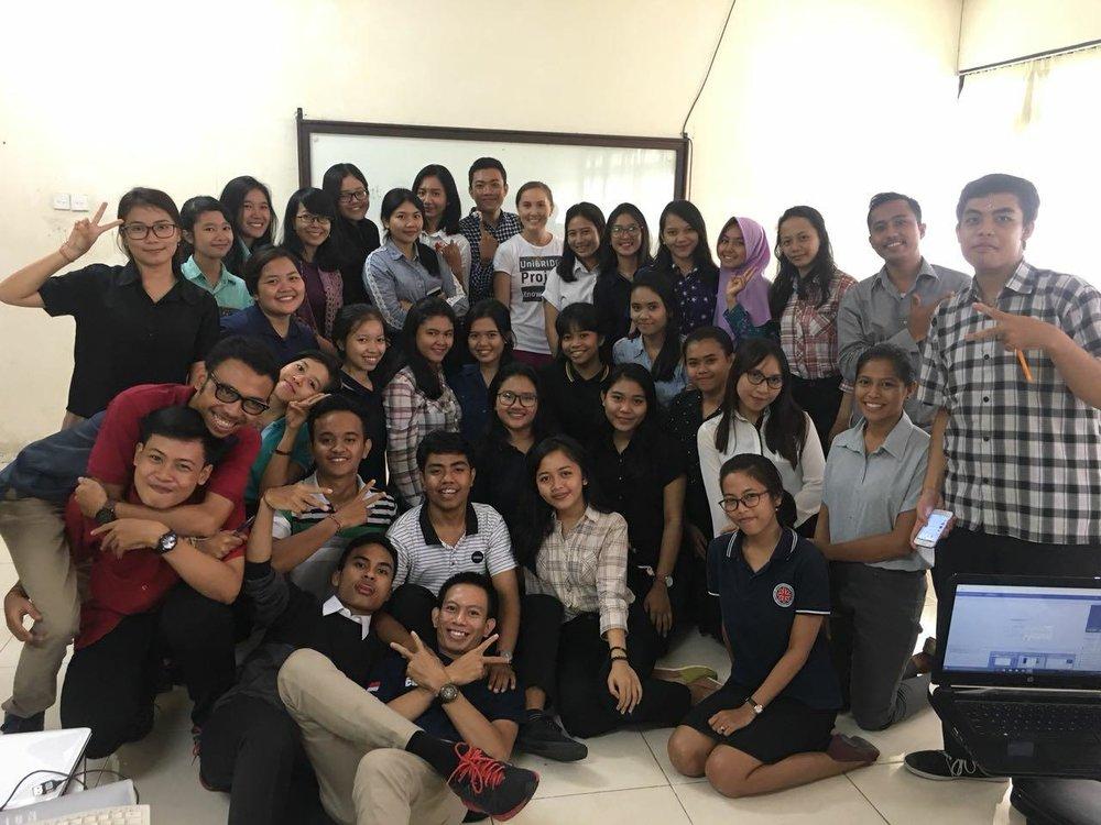 indonesian_students_study_unibridge_project.jpg