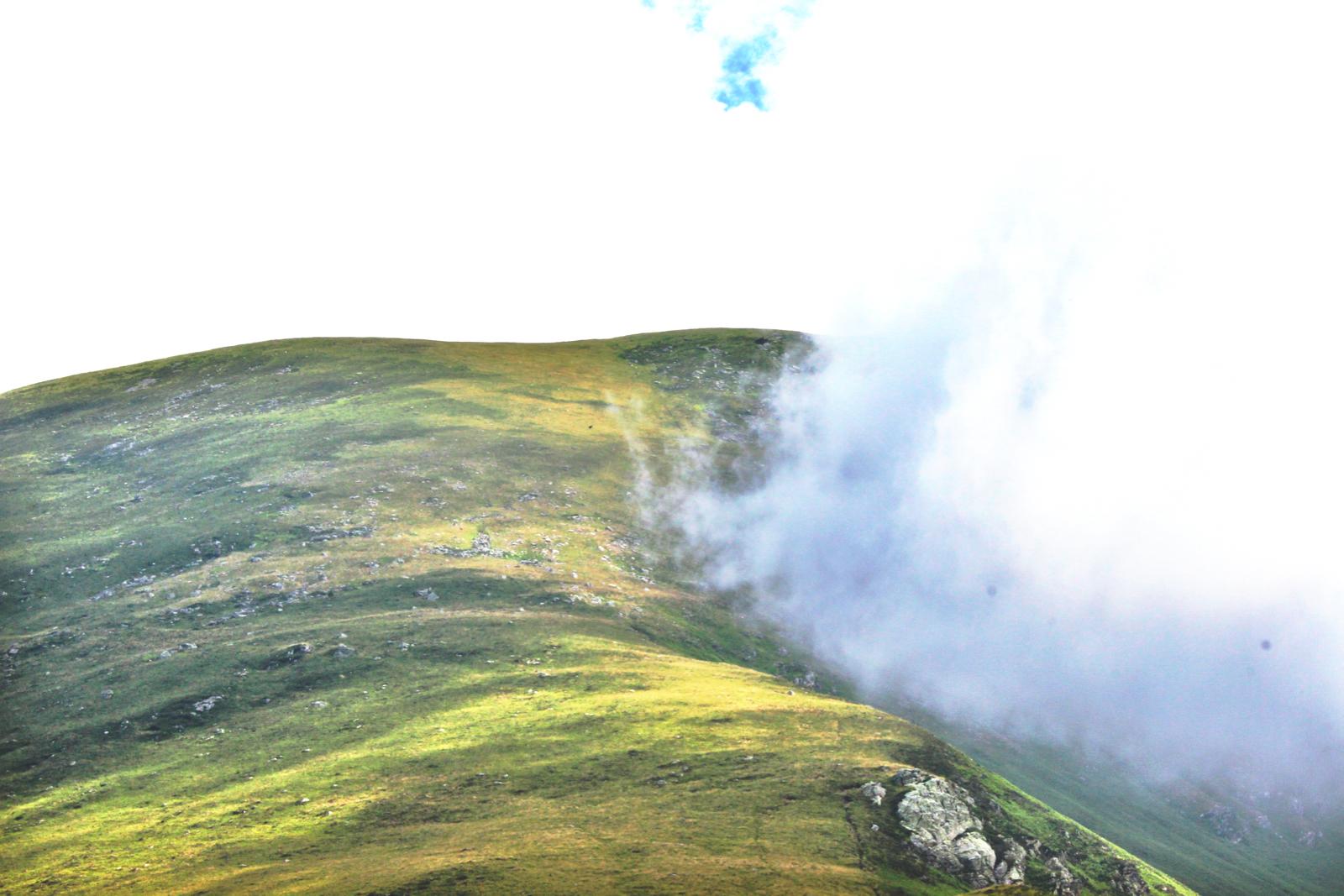 Hill cloud.jpeg