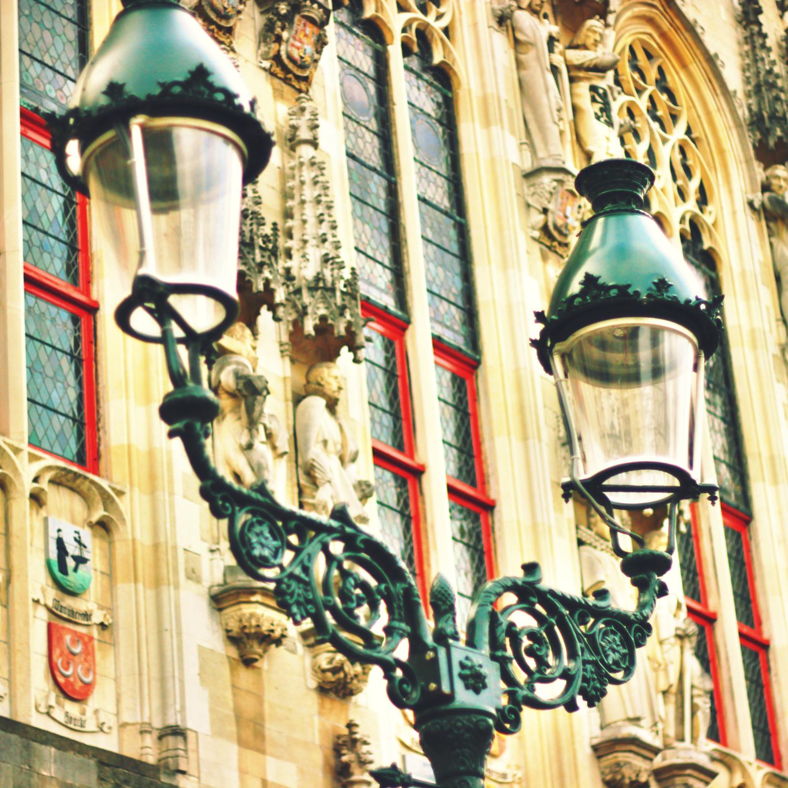 Caste iron street lamp.jpeg