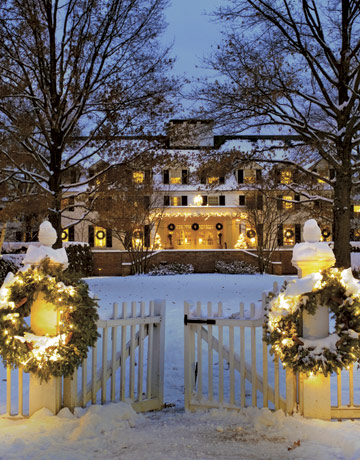 Woodstock-Inn-at-Christmas-REGFOOD1206-de