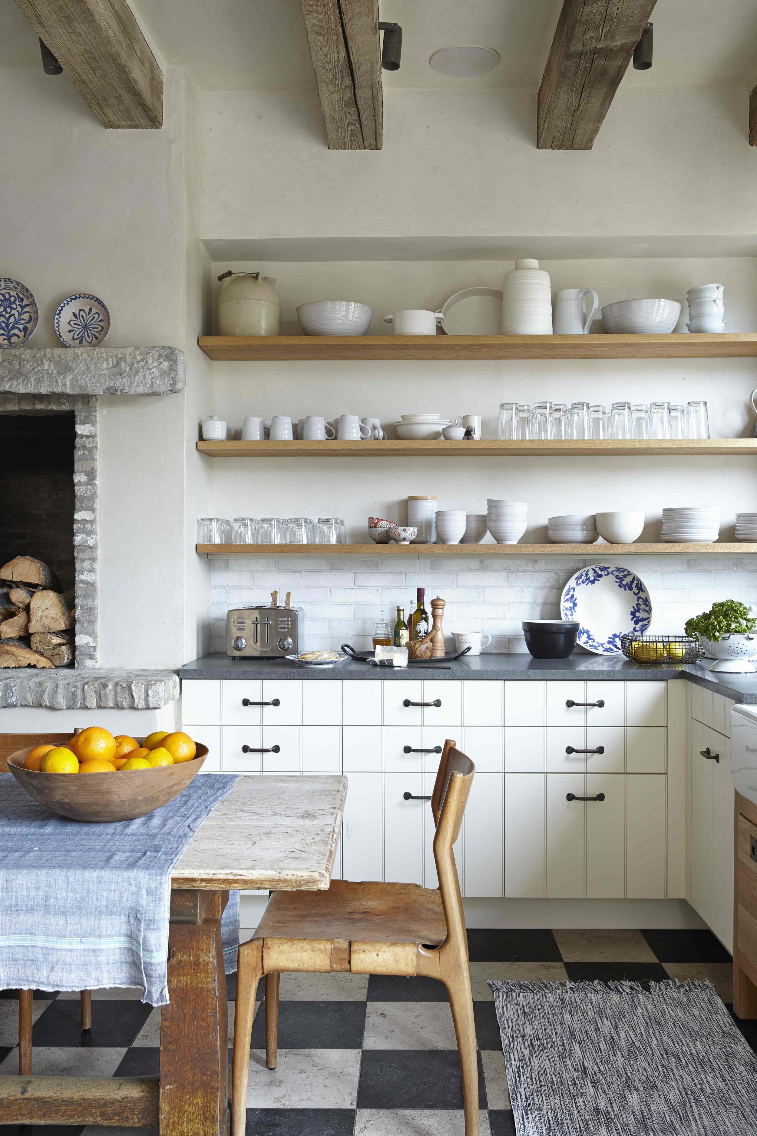 deghetto kitchen.jpg