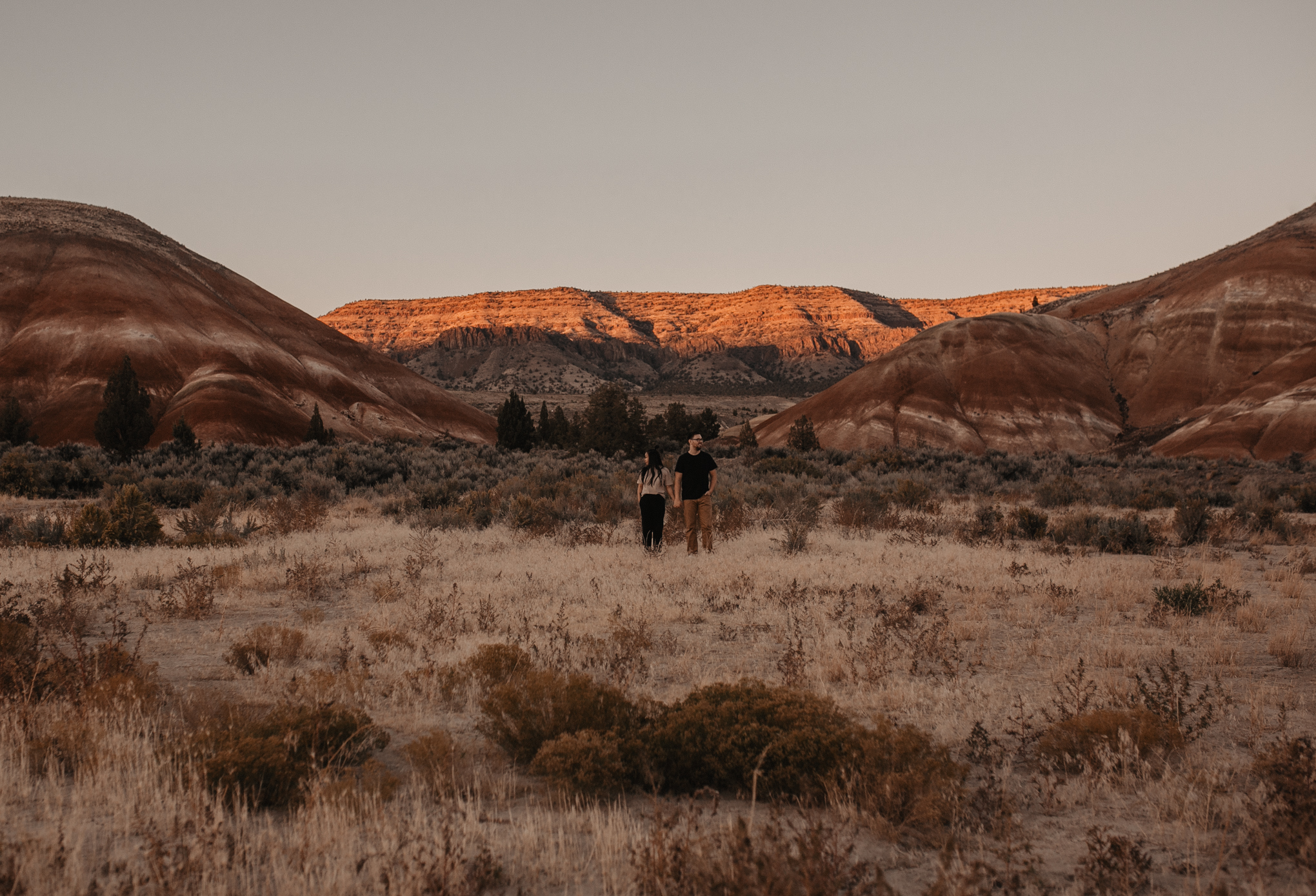 painted-hills-oregon-couple-photos-149.jpg