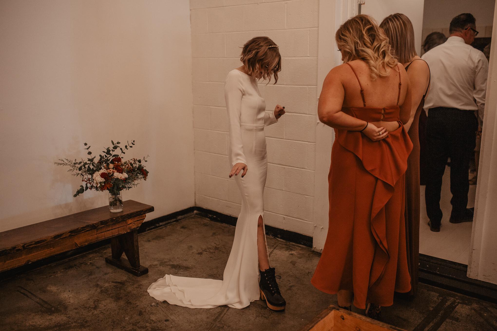 union-pine-urban-portland-trendy-wedding-57.jpg