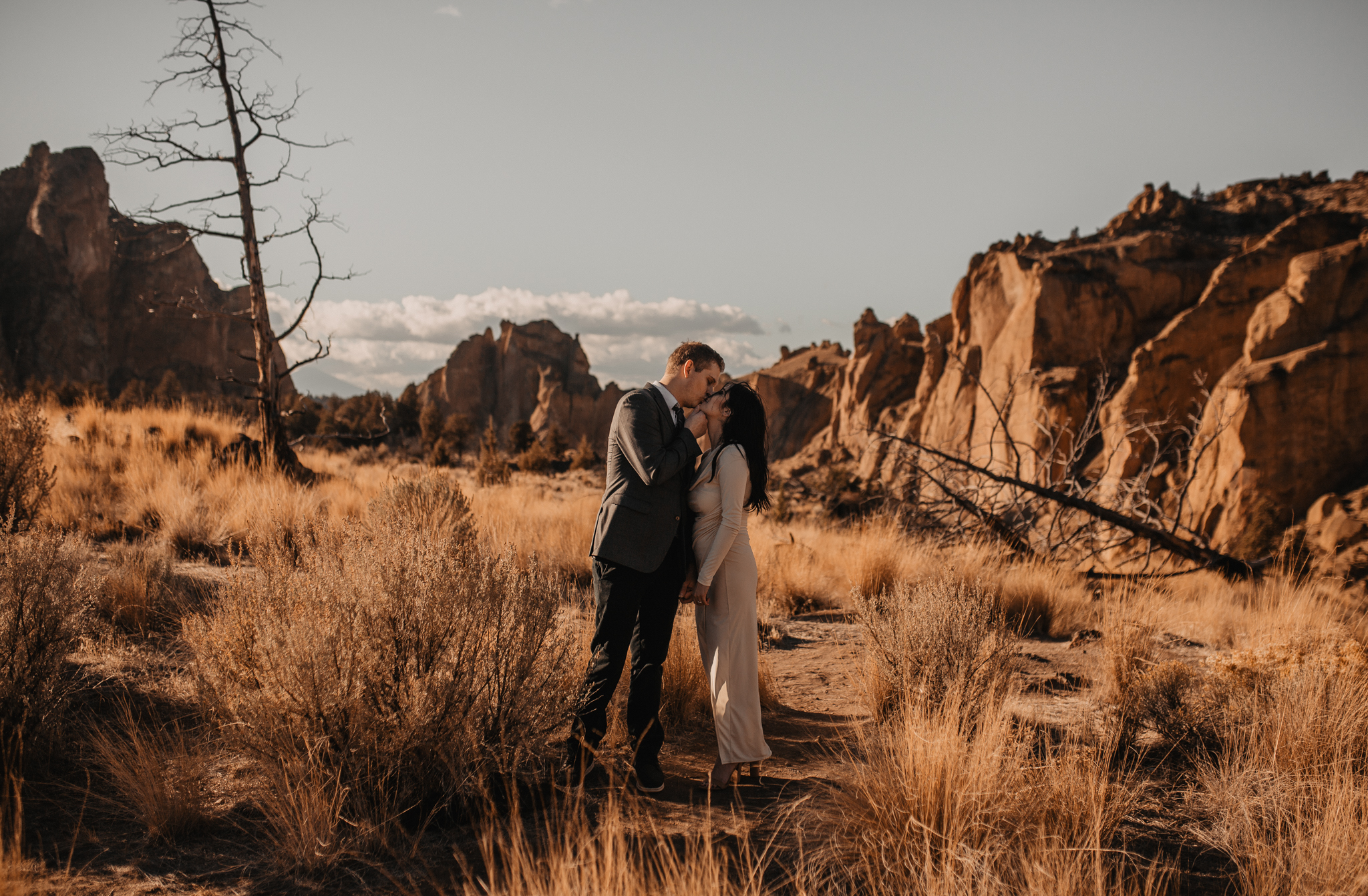 smith-rock-oregon-elopement-13.jpg