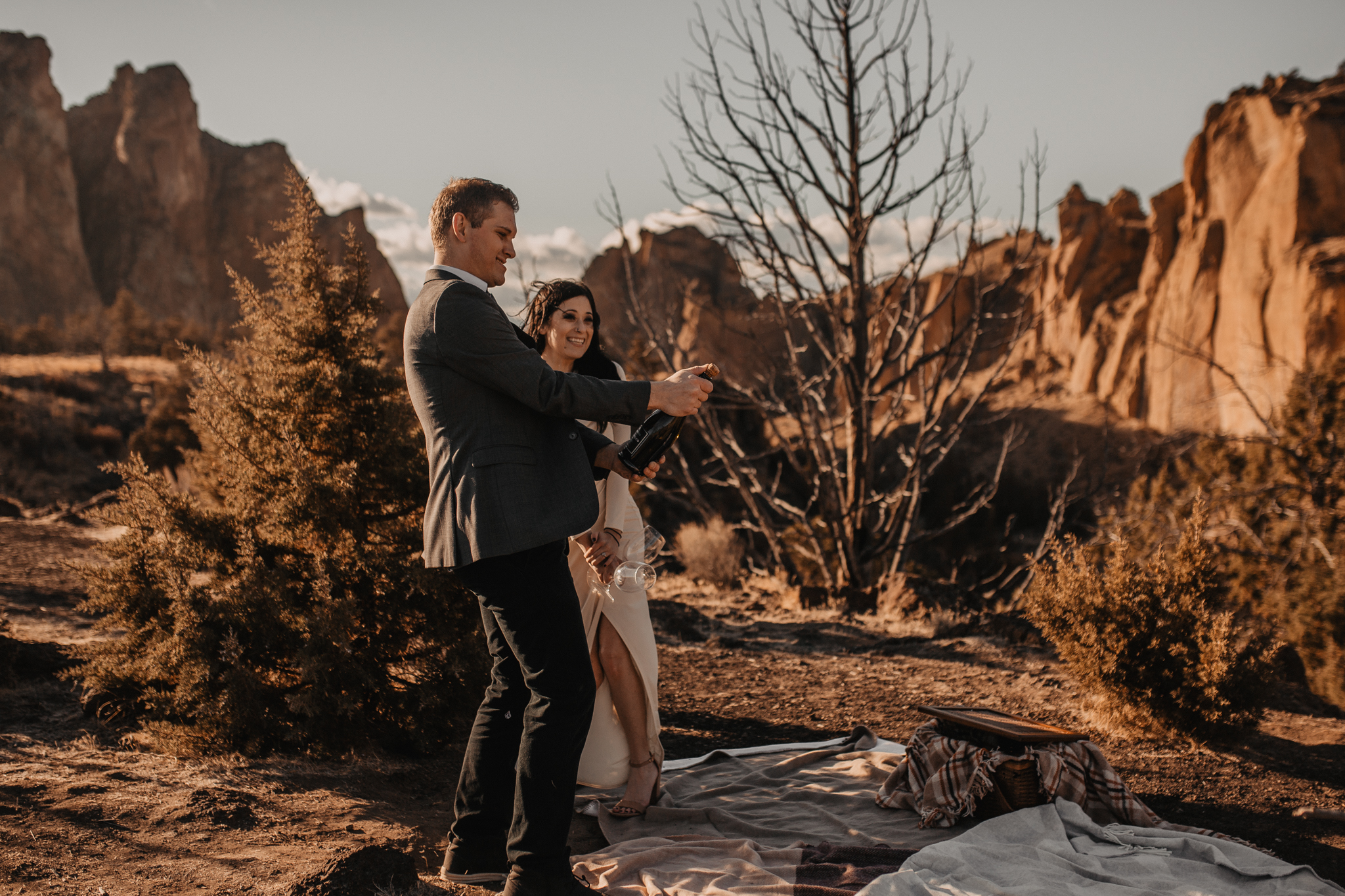 smith-rock-oregon-elopement-37.jpg