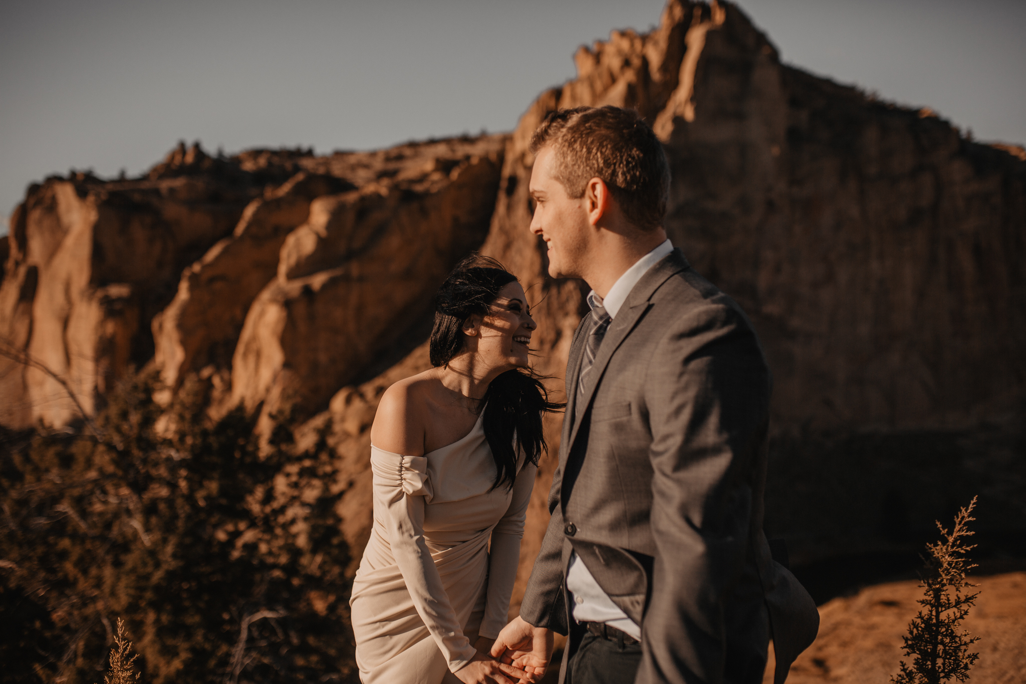 smith-rock-oregon-elopement-98.jpg