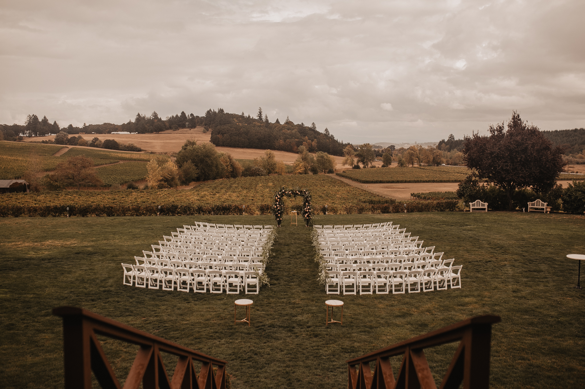 zenith-vineyard-oregon-summer-wedding-428.jpg