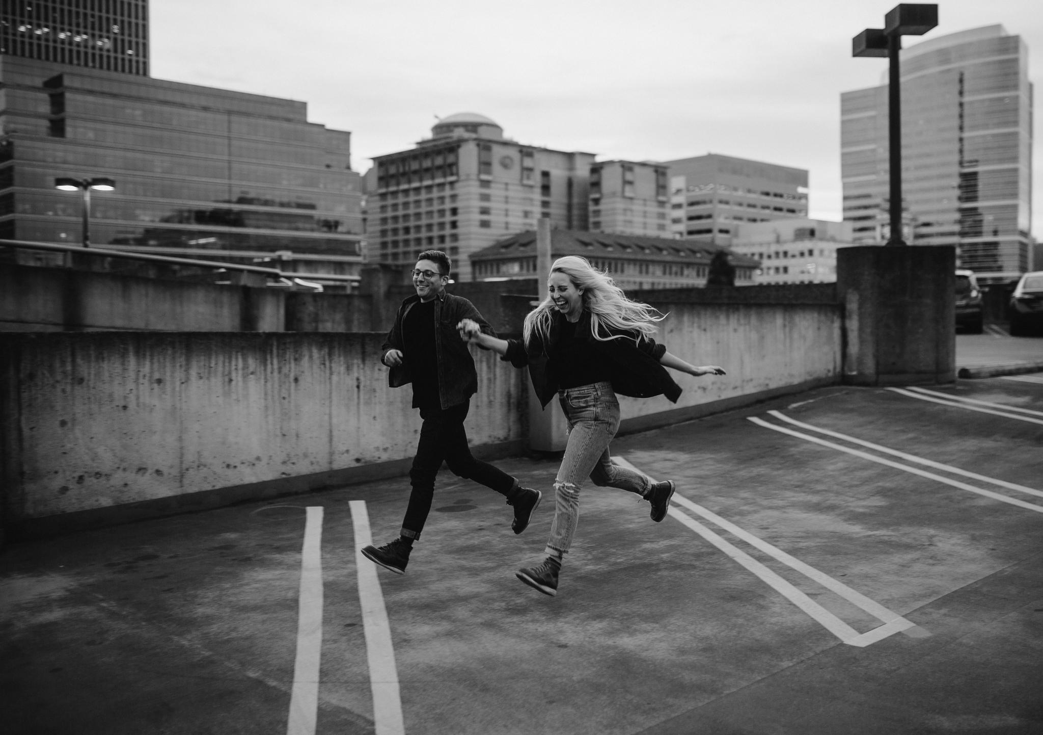 portland-rooftop-couple-photos-89.jpg