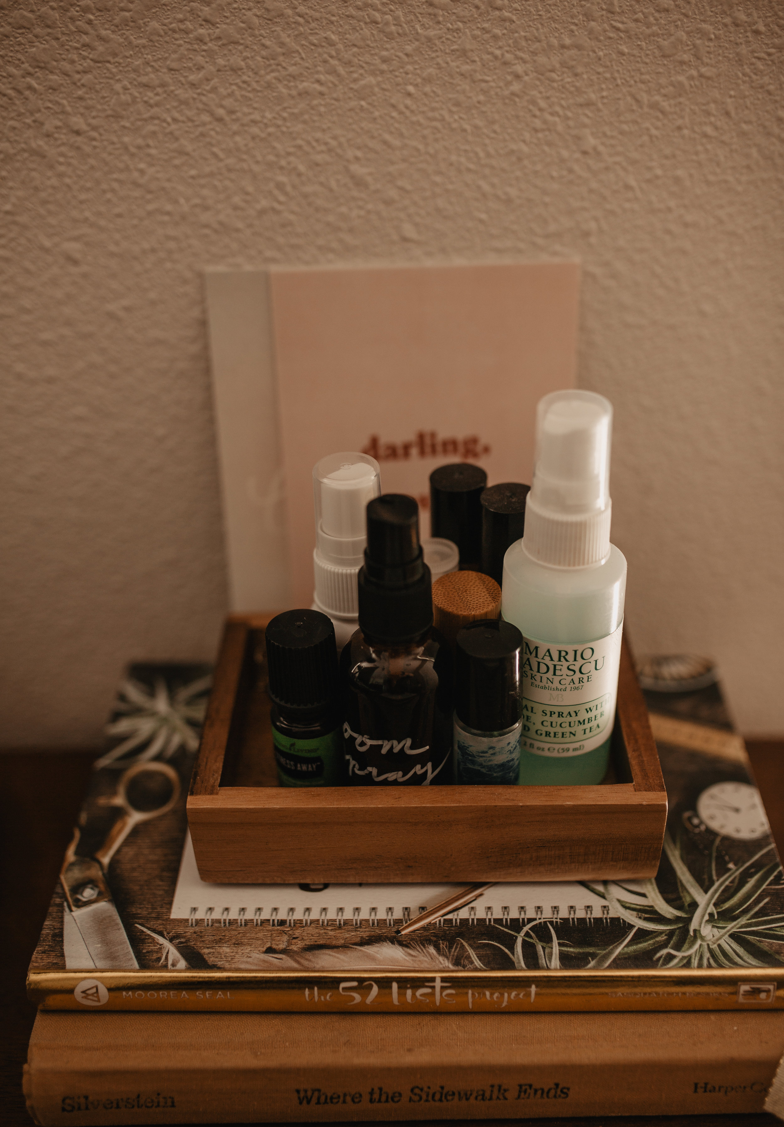 I KEEP THIS LITTLE TRAY OF ESSENTIAL OILS RIGHT NEXT TO MY COMPUTER. -