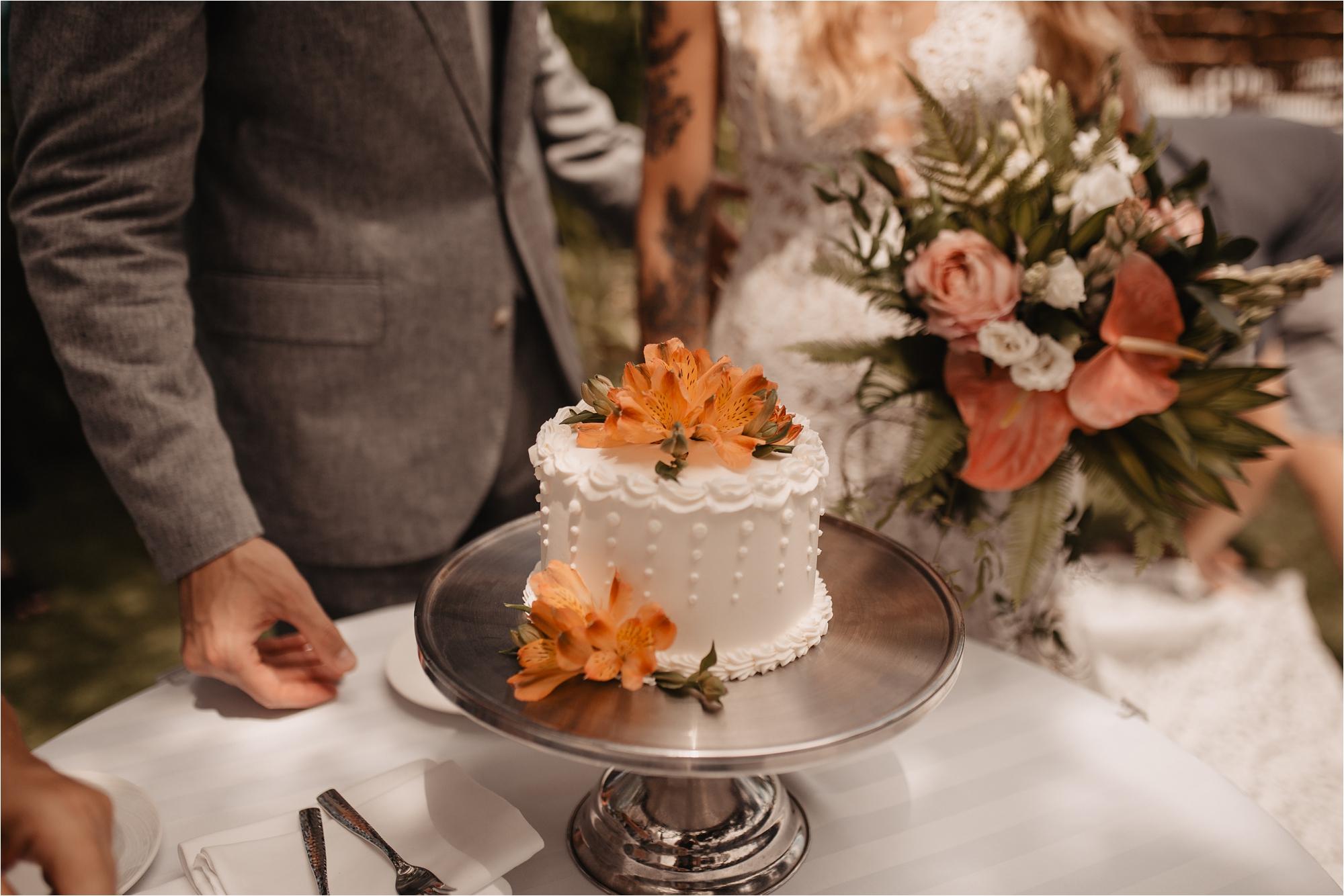 maui-hawaii-intimate-tropical-wedding_0045.jpg