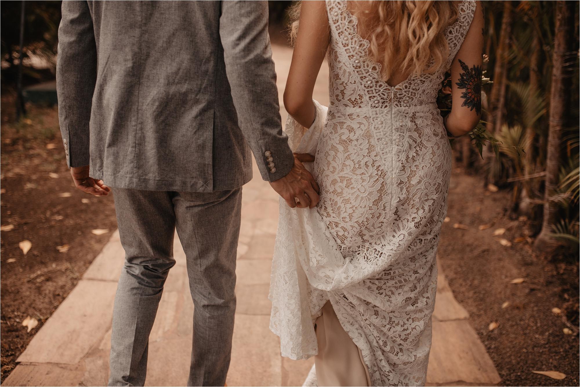 maui-hawaii-intimate-tropical-wedding_0049.jpg