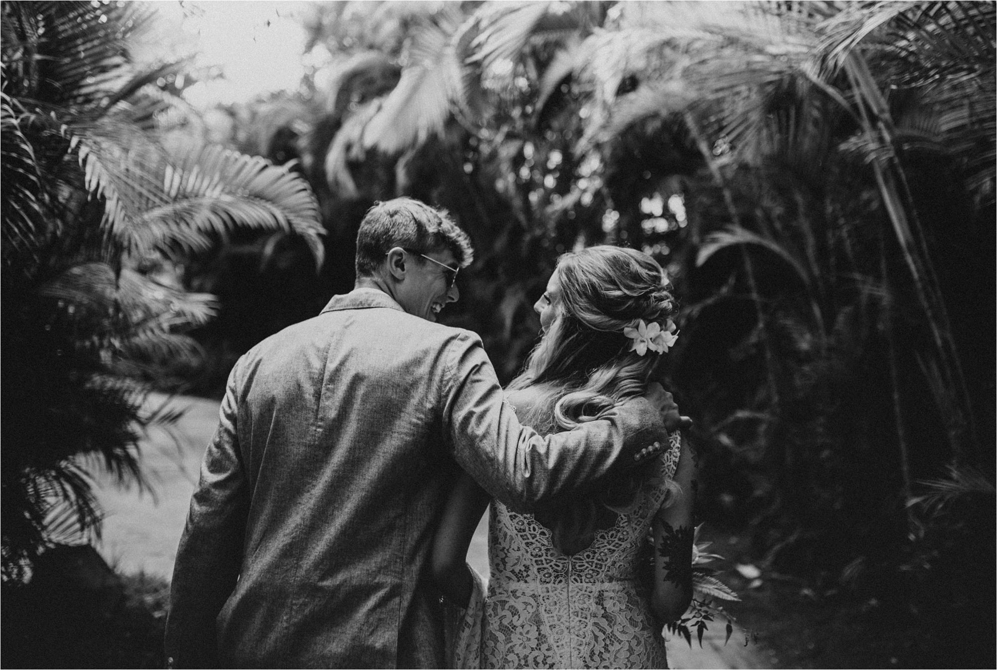 maui-hawaii-intimate-tropical-wedding_0050.jpg