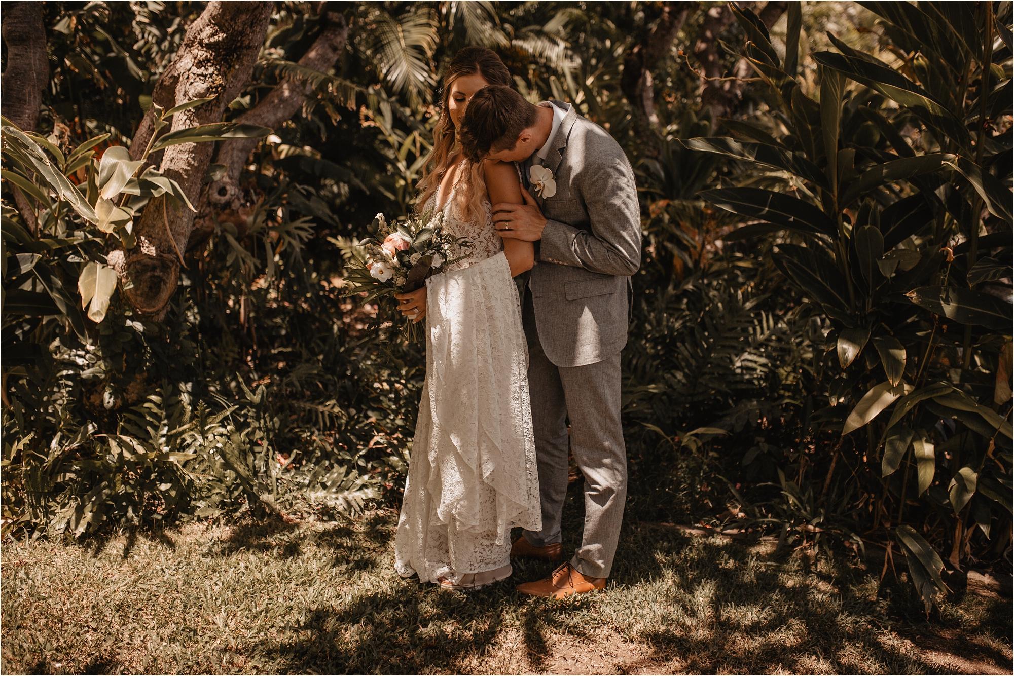 maui-hawaii-intimate-tropical-wedding_0053.jpg