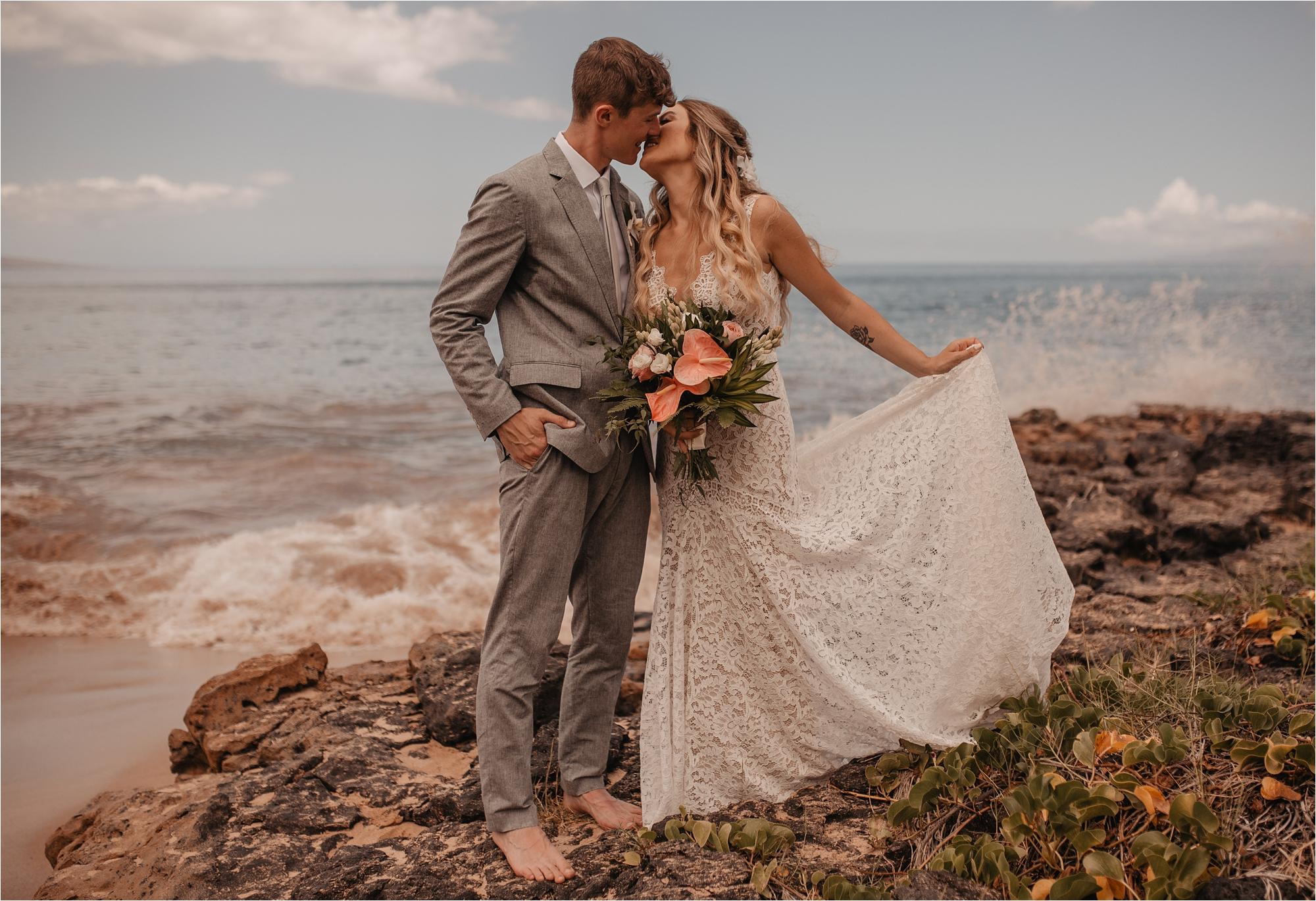 maui-hawaii-intimate-tropical-wedding_0073.jpg