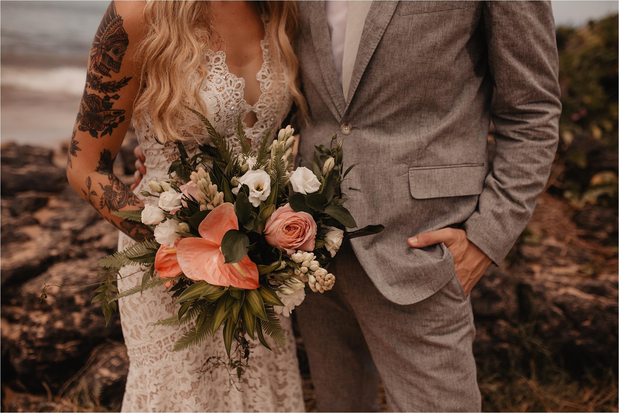 maui-hawaii-intimate-tropical-wedding_0079.jpg