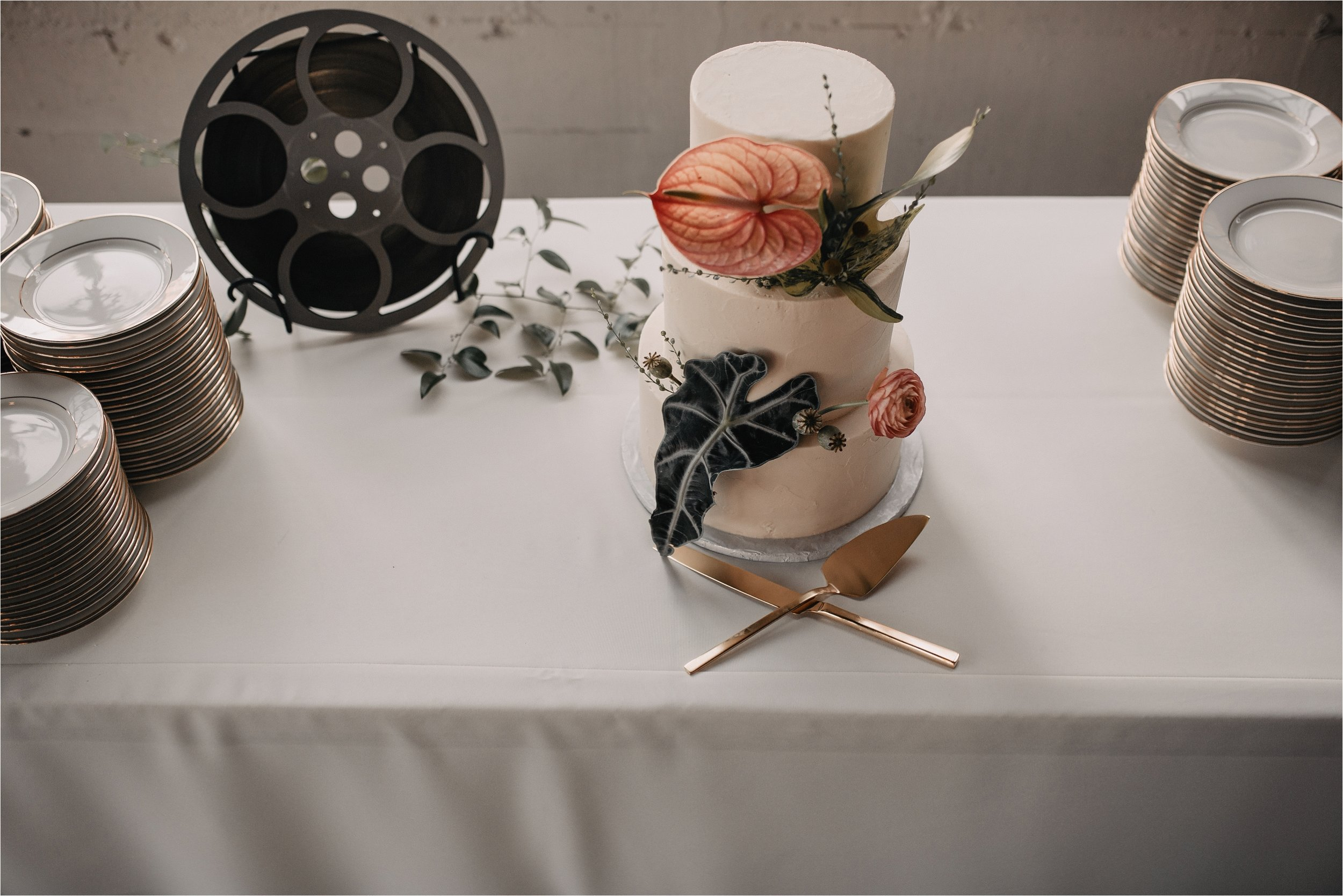 modernized-vintage-wedding-portland-city_0108.jpg