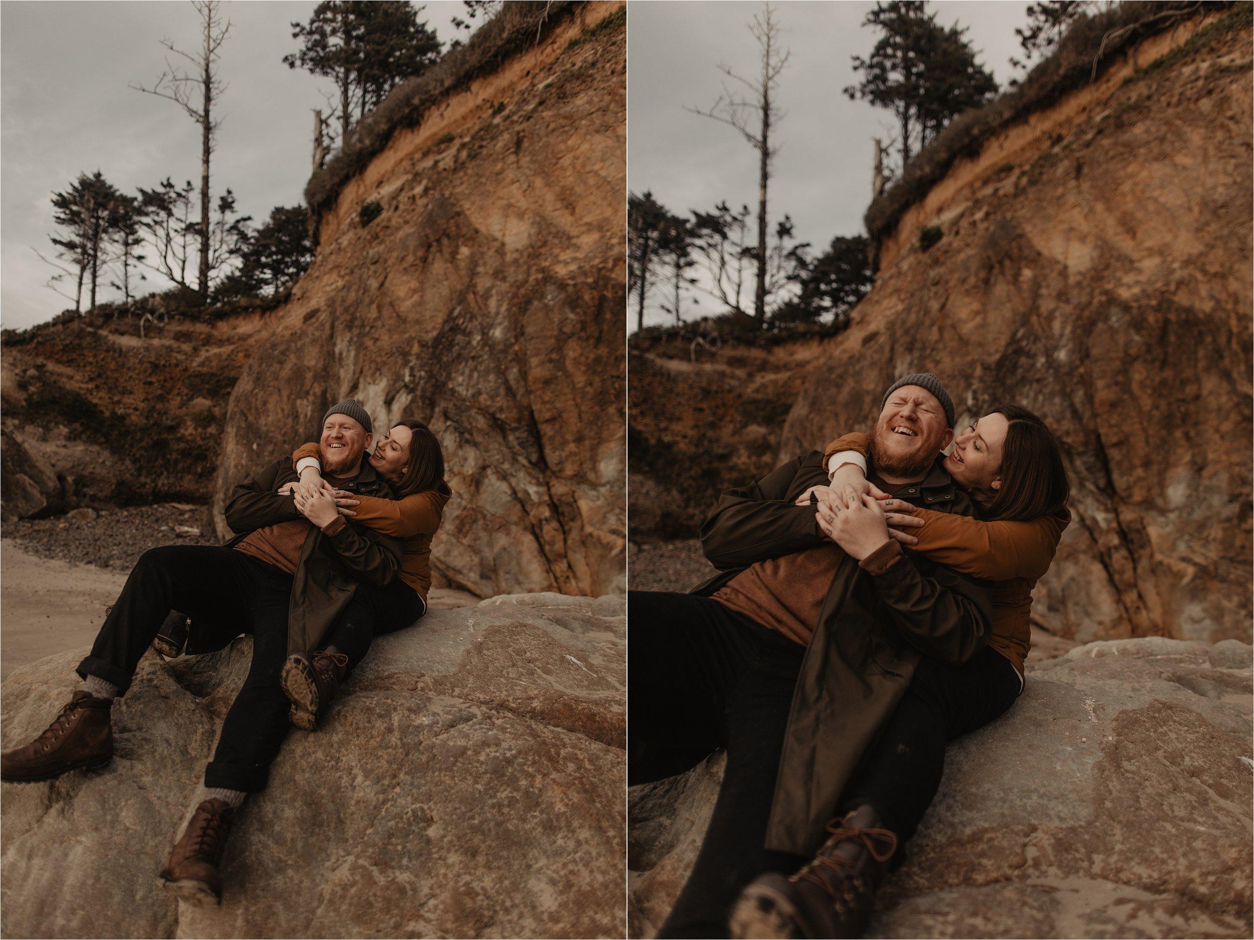 hug-point-oregon-coast-engagement-photos_0048.jpg