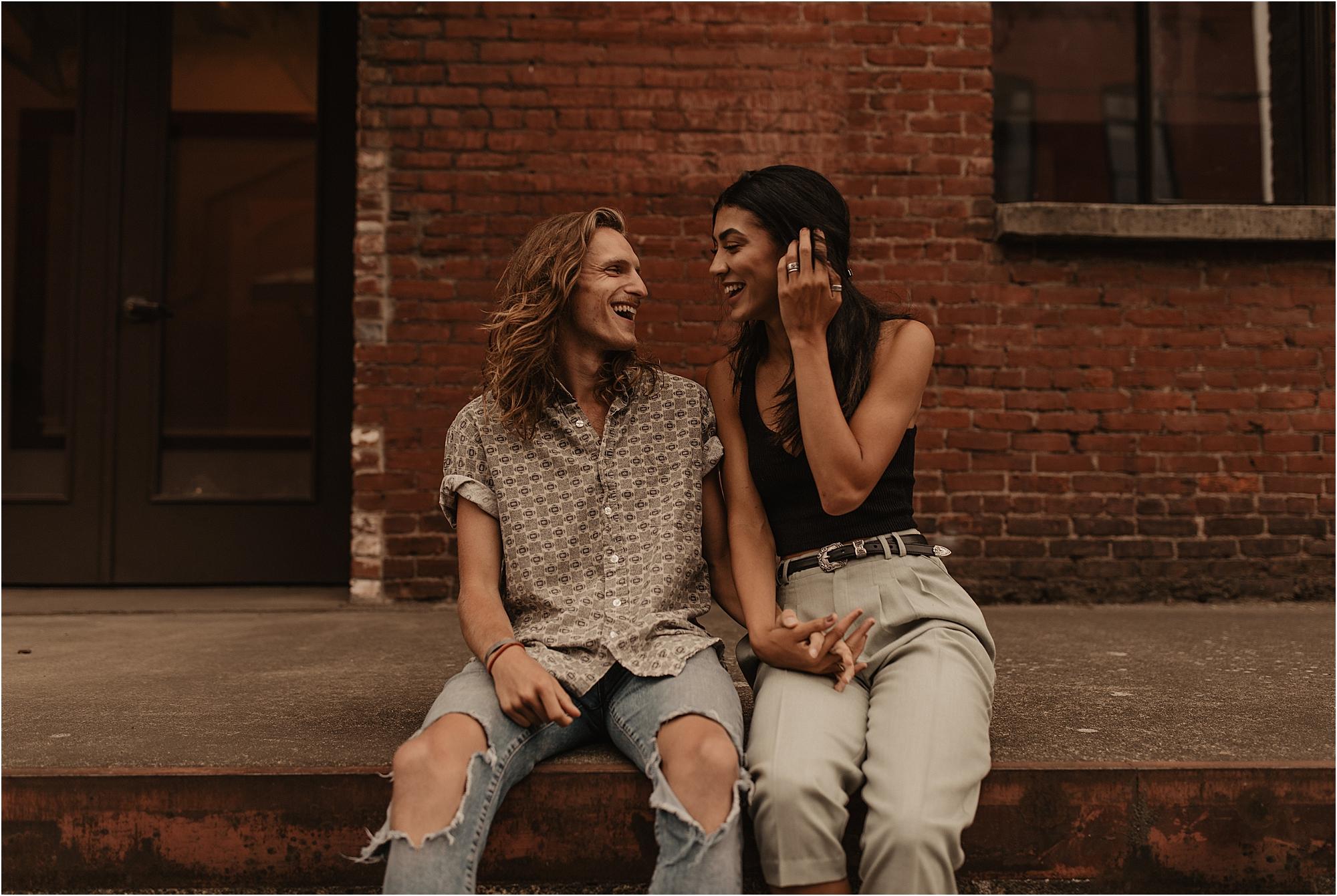 trendy-portland-city-couple-photos_0010.jpg