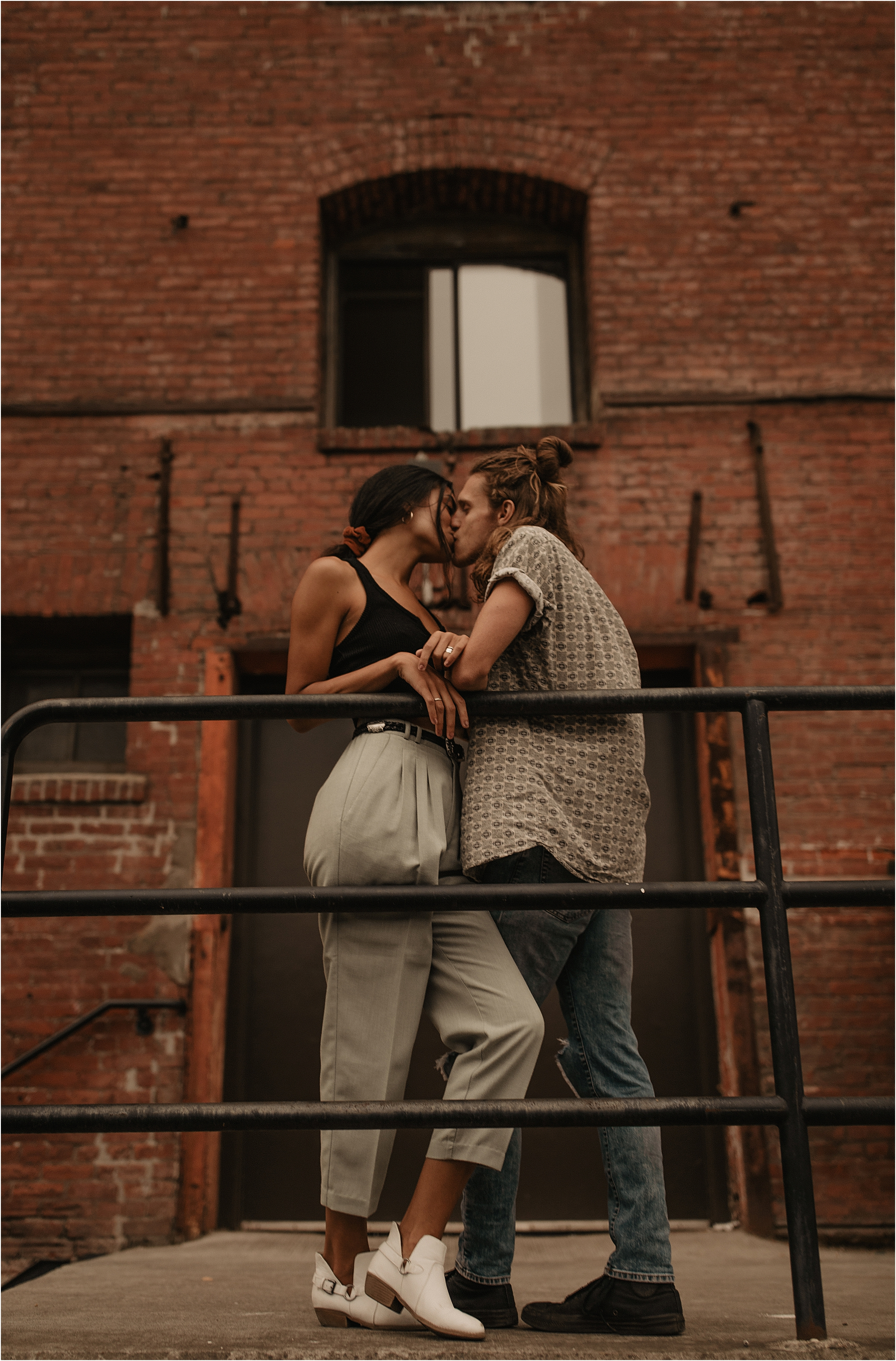 trendy-portland-city-couple-photos_0055.jpg
