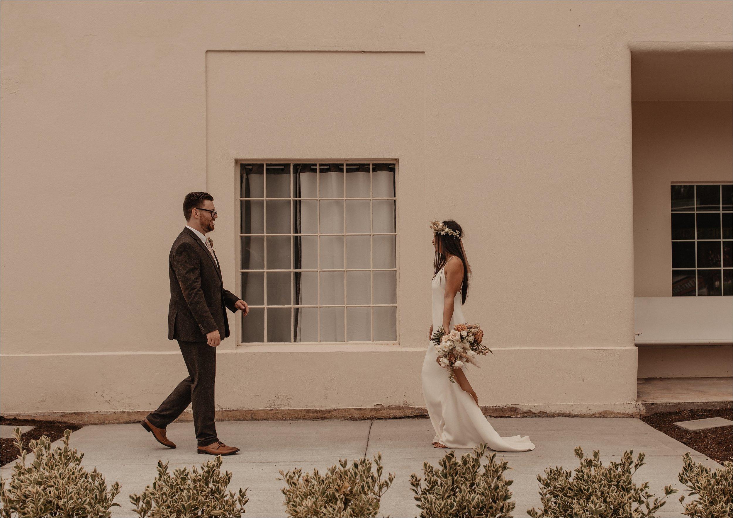 intimate-portland-modern-trendy-wedding_0055.jpg