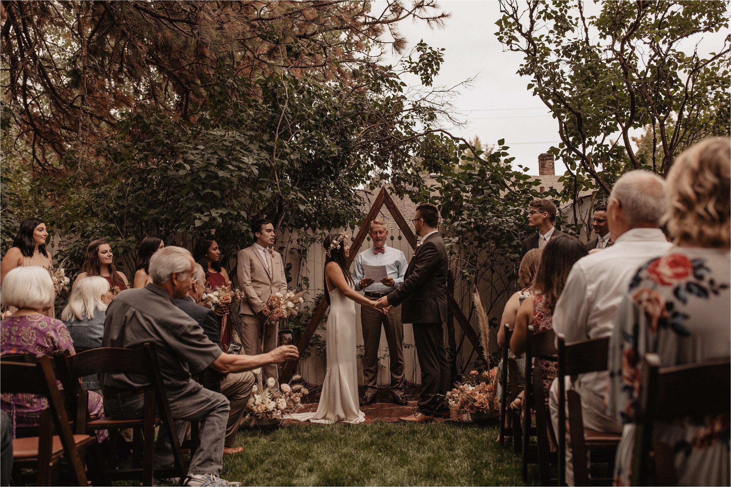 intimate-portland-modern-trendy-wedding_0078.jpg