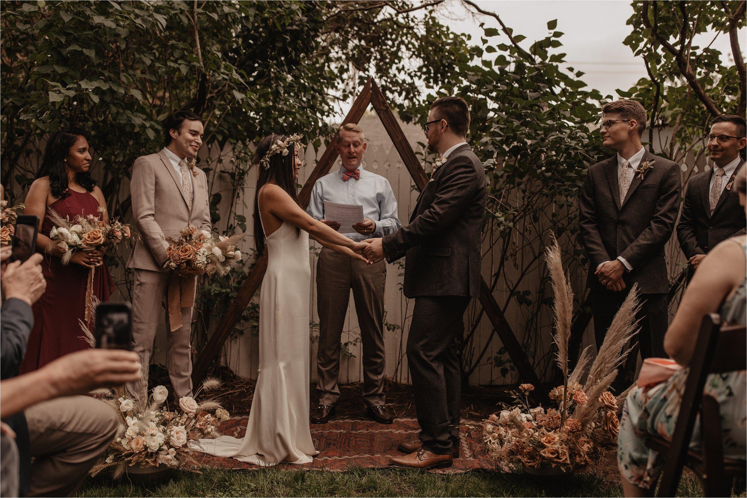 intimate-portland-modern-trendy-wedding_0080.jpg