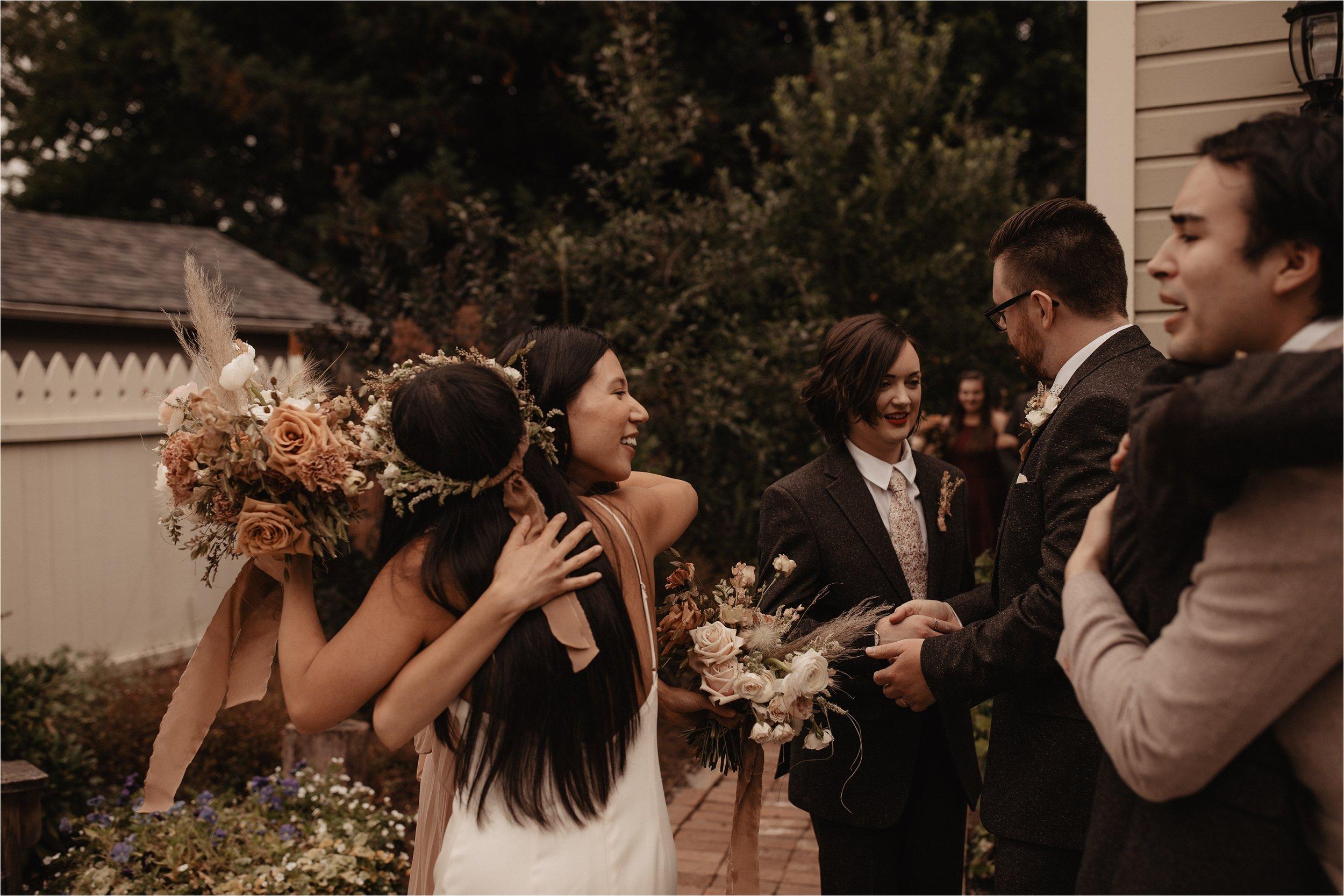 intimate-portland-modern-trendy-wedding_0084.jpg