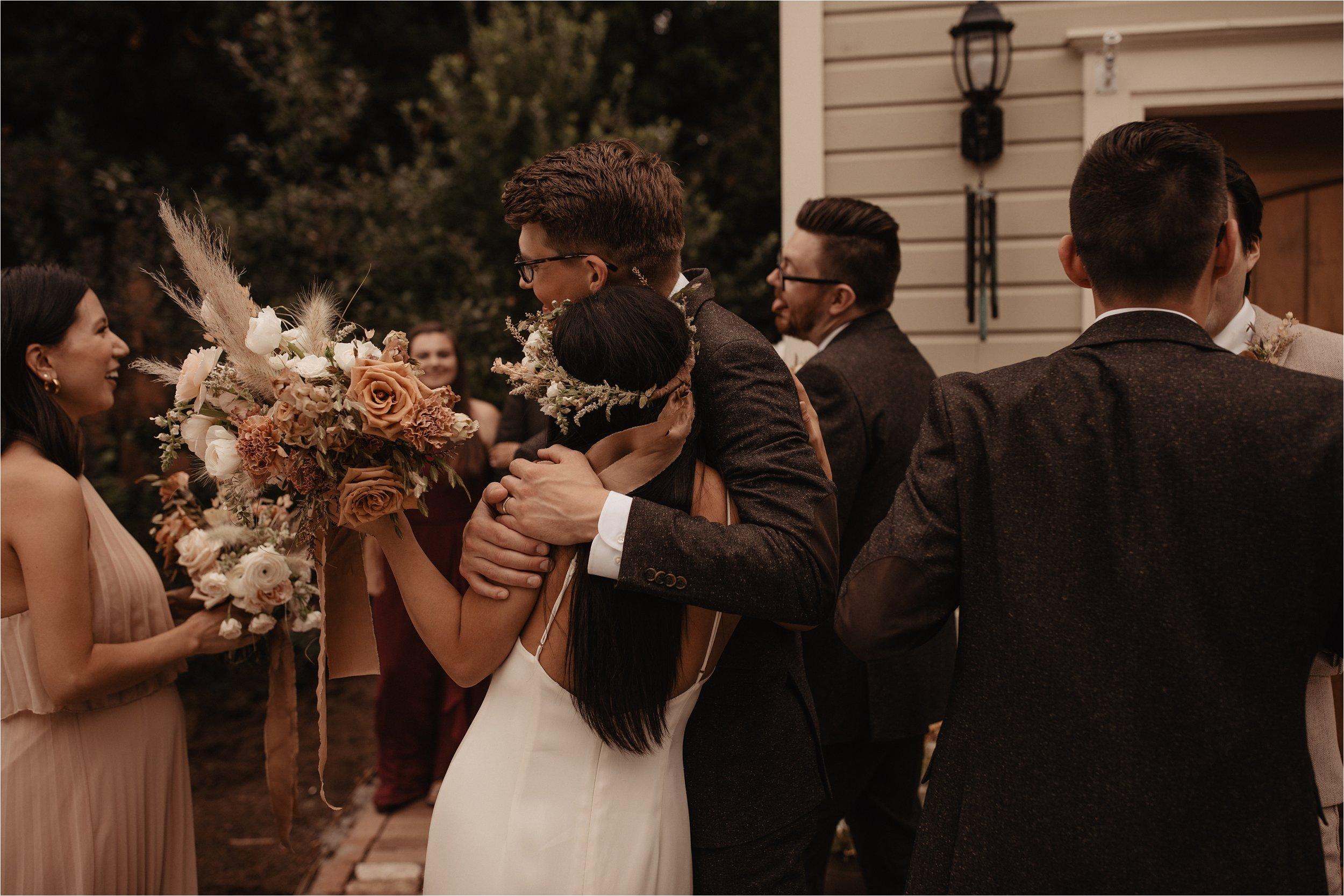 intimate-portland-modern-trendy-wedding_0085.jpg