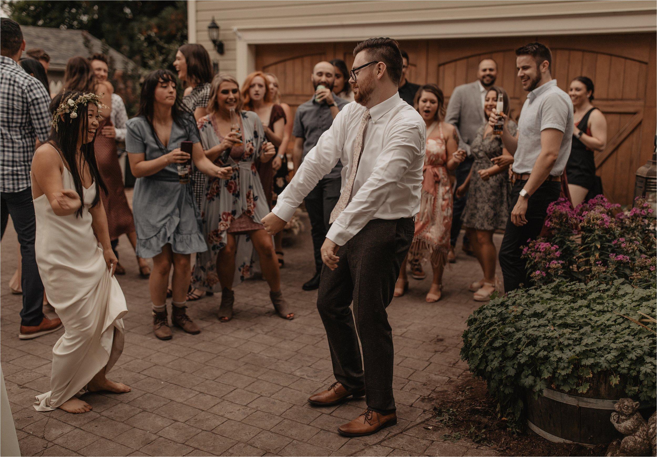 intimate-portland-modern-trendy-wedding_0119.jpg