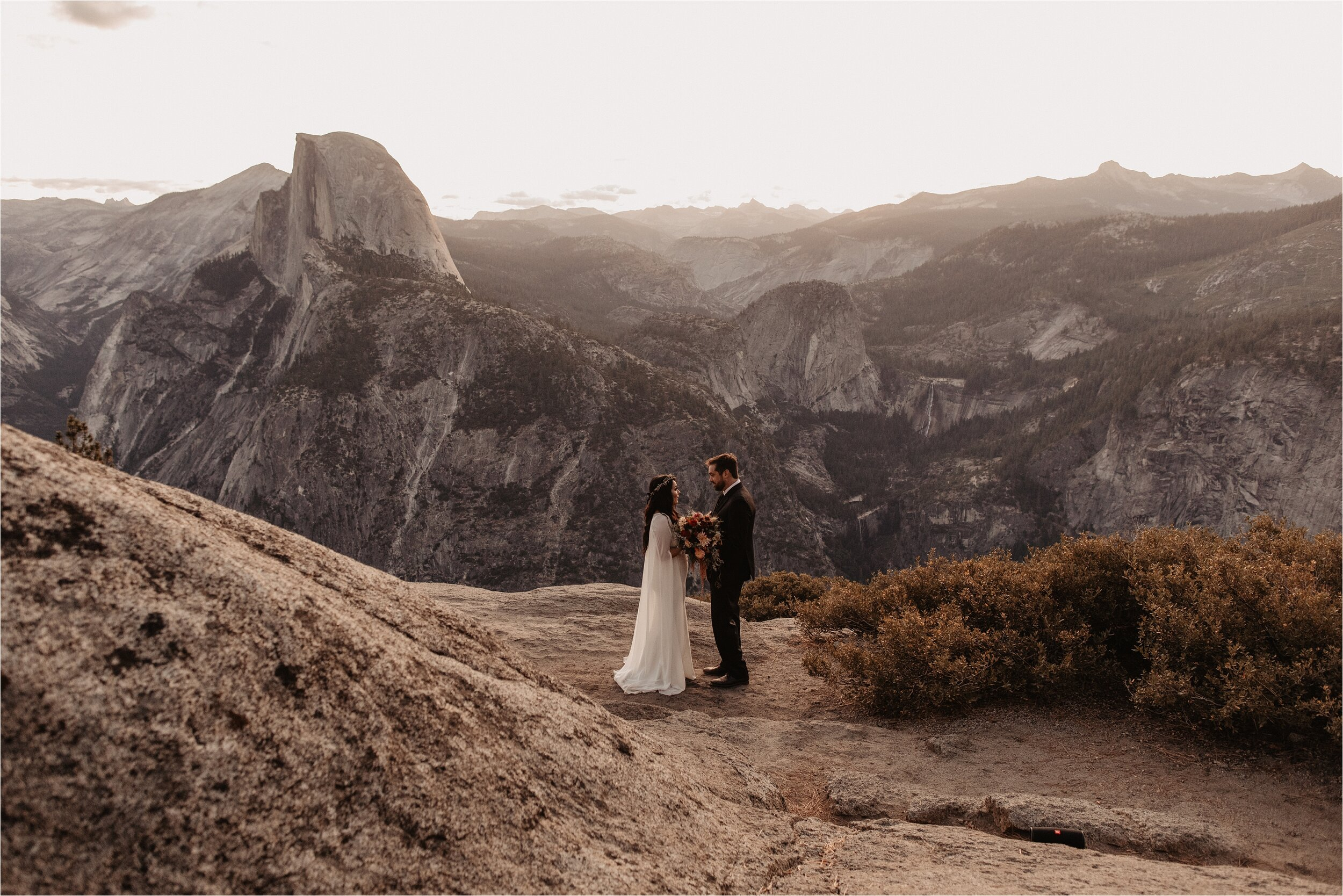 glacier-point-yosemite-elopement-ceremony_0001.jpg