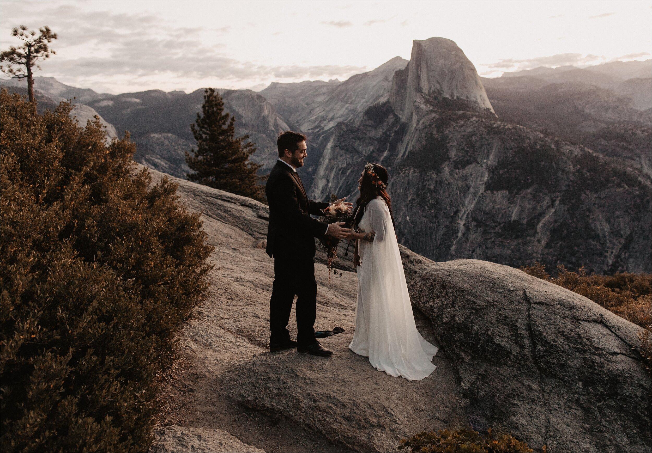 glacier-point-yosemite-elopement-ceremony_0007.jpg