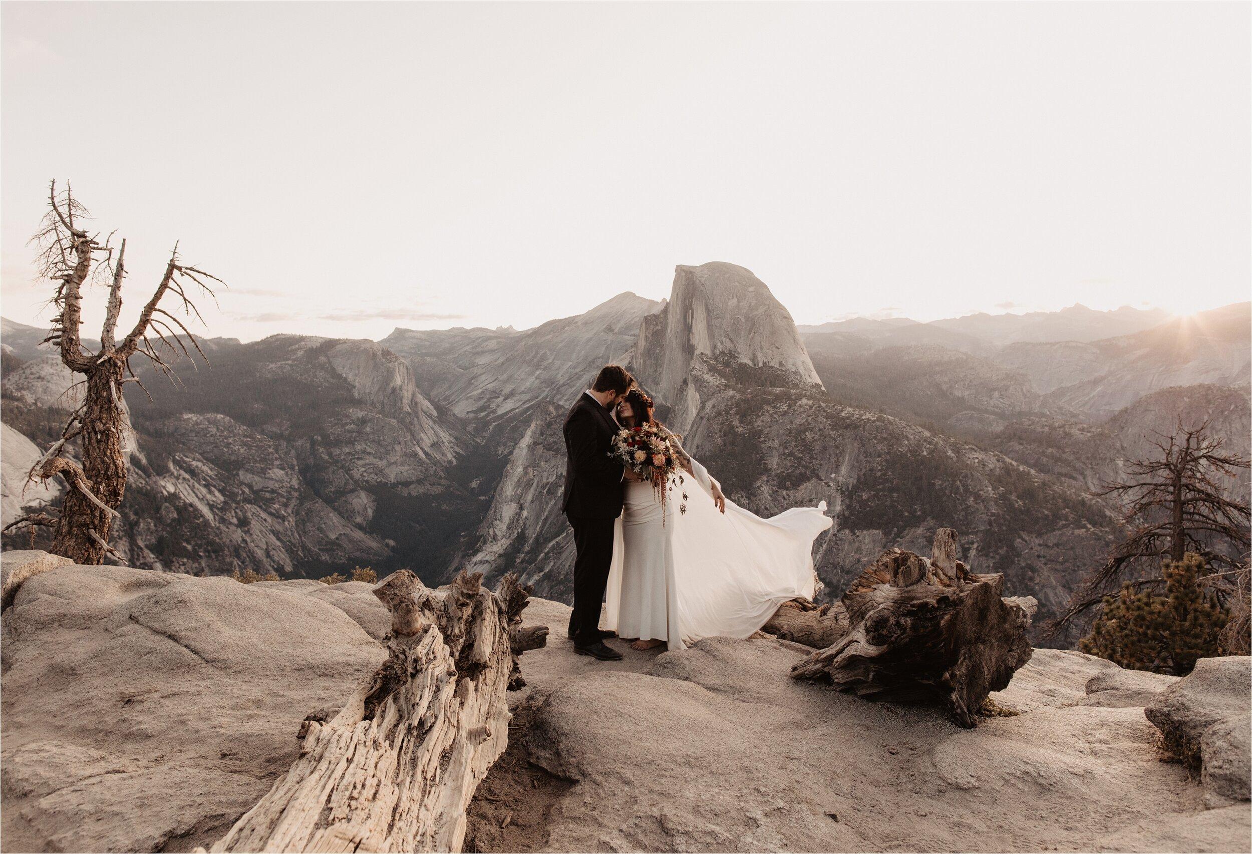 glacier-point-yosemite-elopement-ceremony_0021.jpg