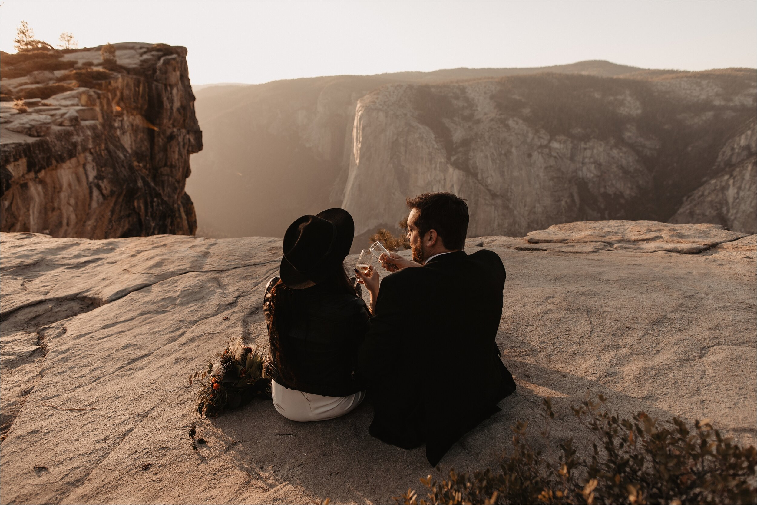 glacier-point-yosemite-elopement-ceremony_0053.jpg