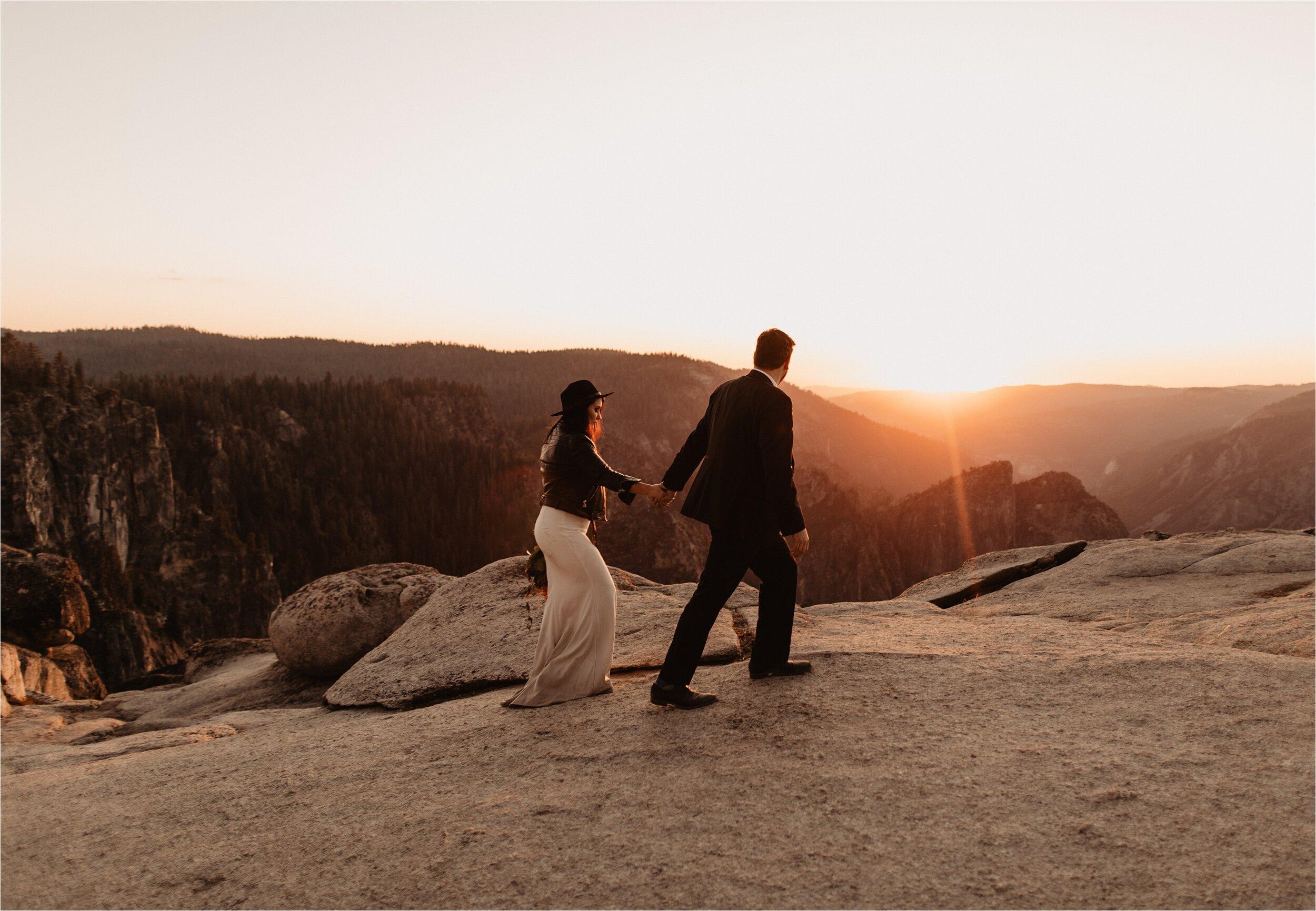 glacier-point-yosemite-elopement-ceremony_0072.jpg