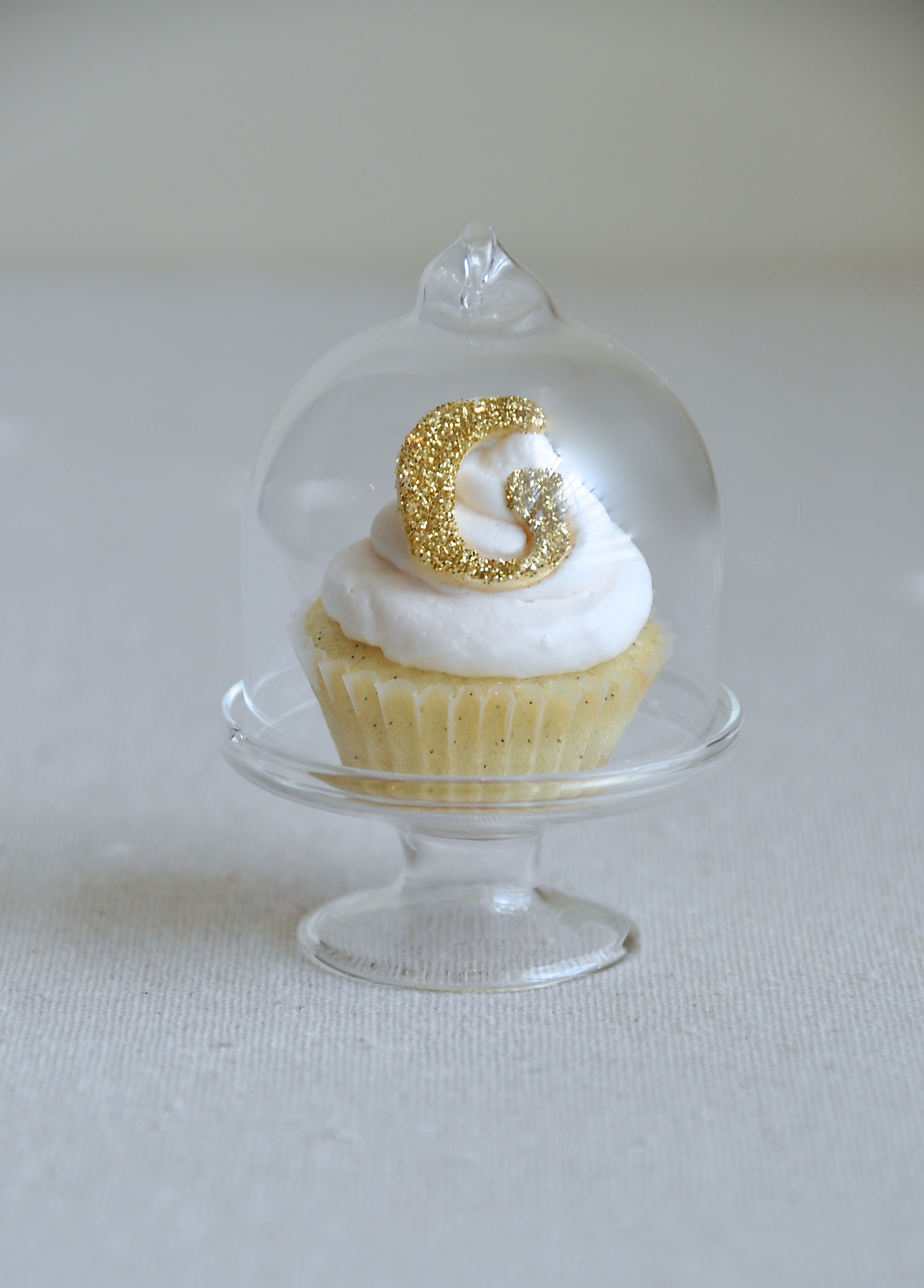 Custom Bite-Sized Wedding Cupcakes in Mini Glass Cake Domes