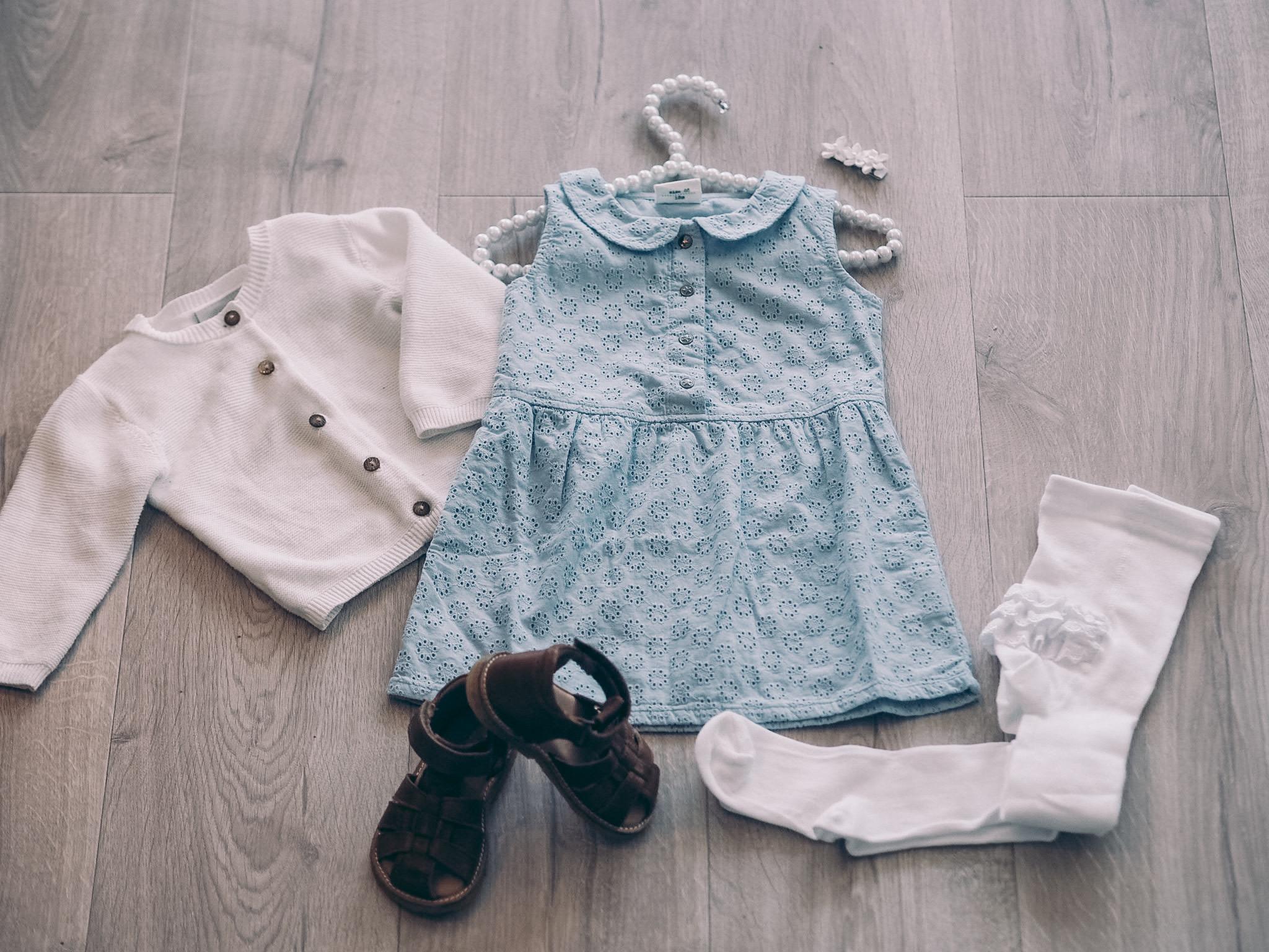 kjole, Enfant, sandaler Cognac Bisgaard, kleshenger med perler