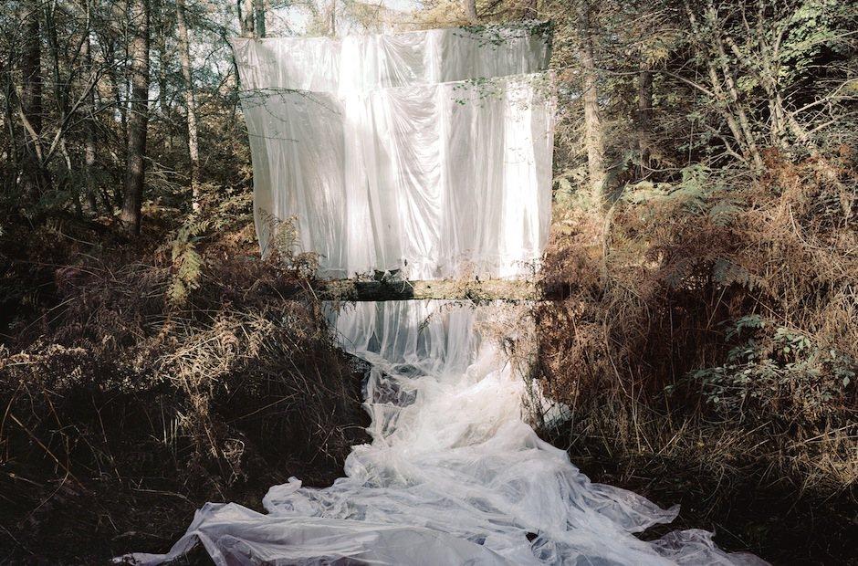 Noémie Goudal, Les Amants (Cascade) 2009, Courtesy of the Saatchi Gallery, London © Noémie Goudal, 2015