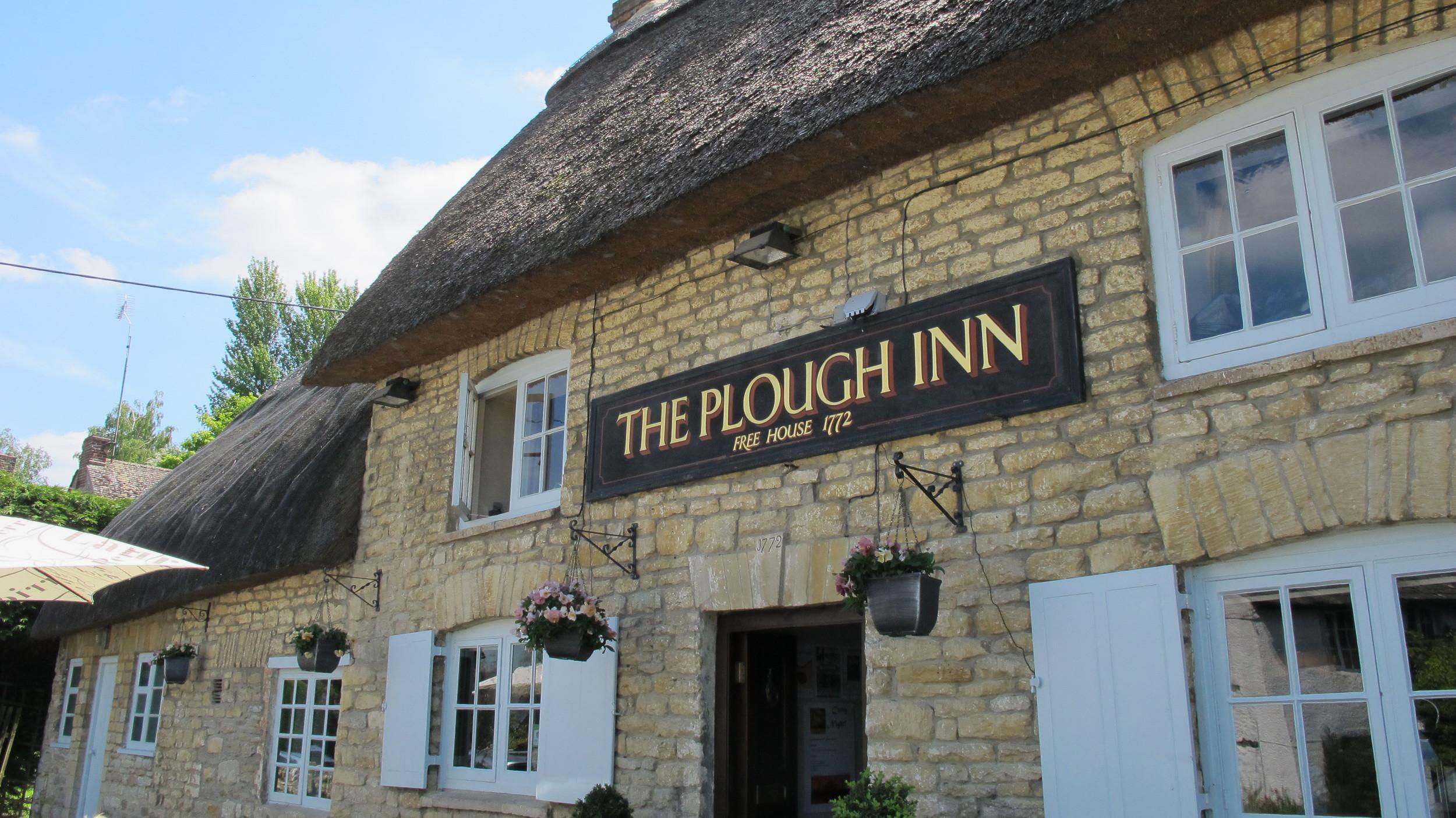 Finstock Plough Pub.JPG