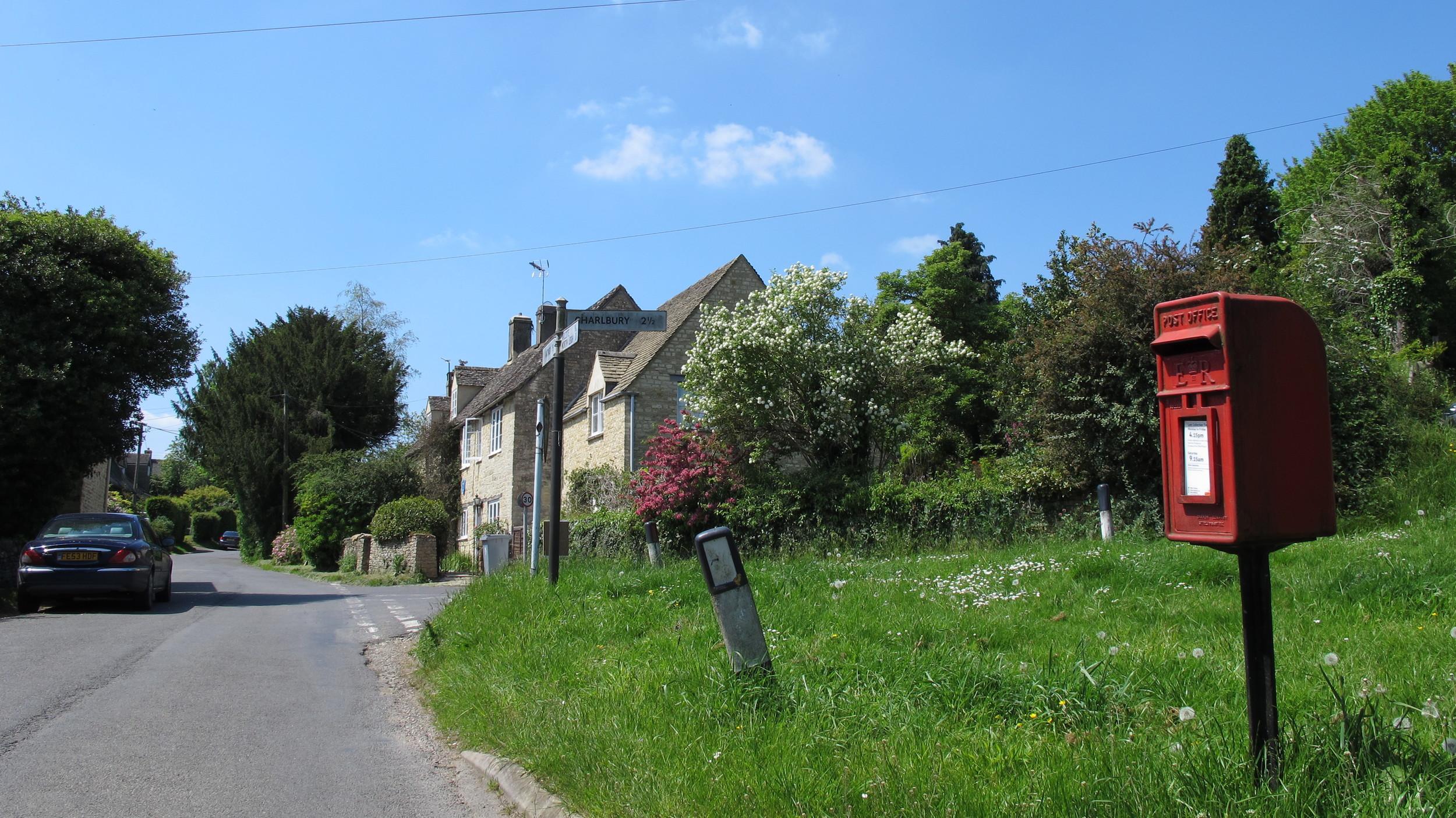 Finstock Village.JPG