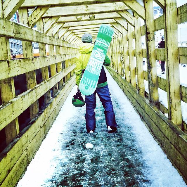 #snow #men #snowboard #openseason #extreme 💚💛
