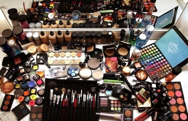 how-to-organize-your-makeup-collection.jpg