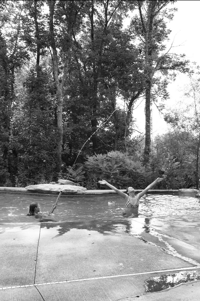 071111_ak-pool-1179.jpg