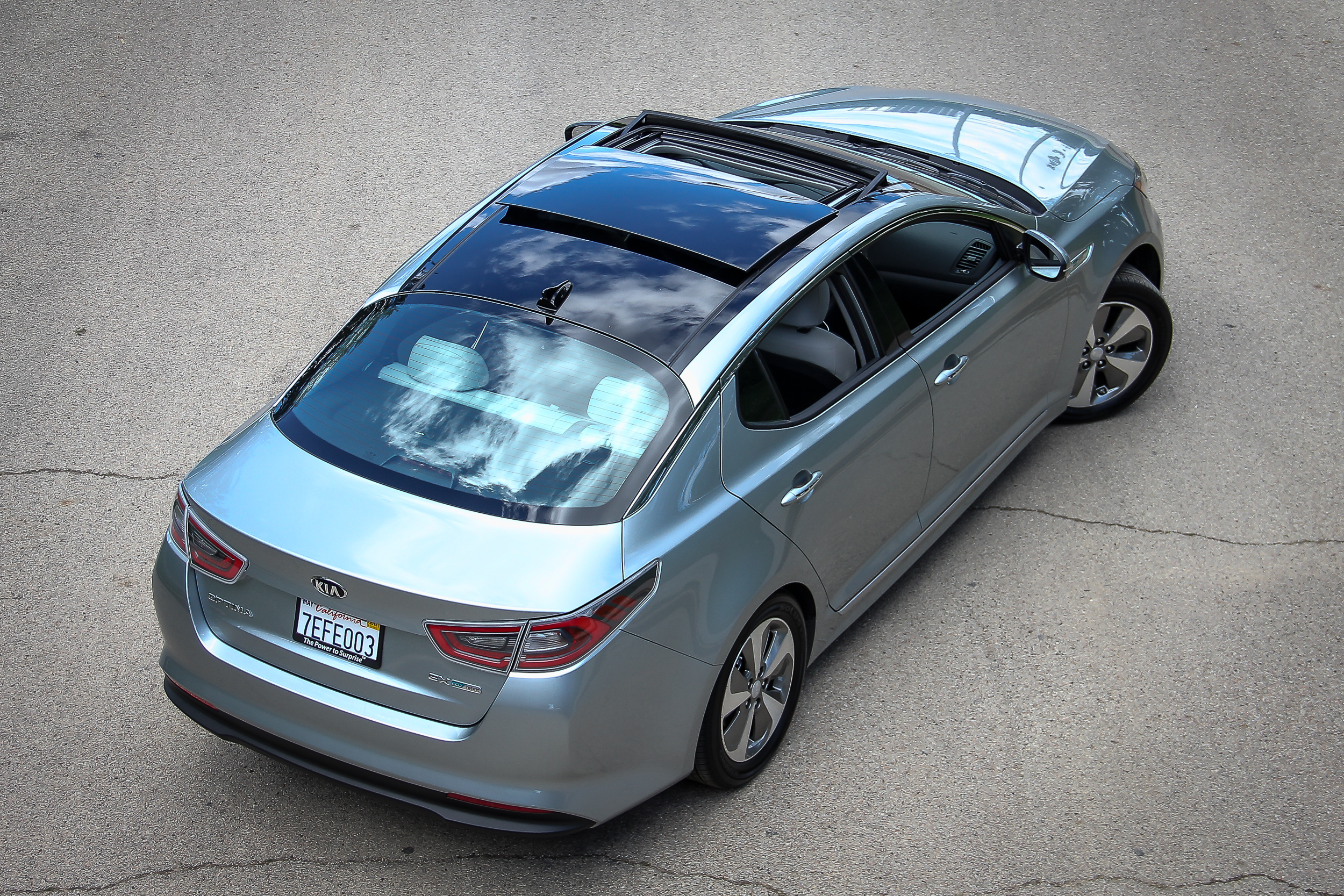 Kia.Optima.Hybrid-22.jpg
