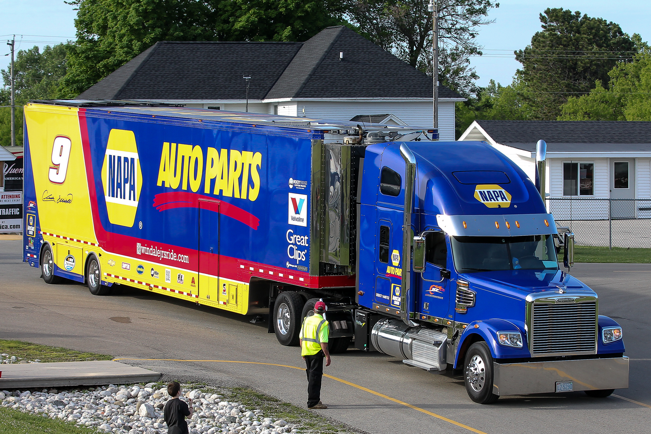 Click on image to check out the Nascar Parade from 2014 Nationwide Road America
