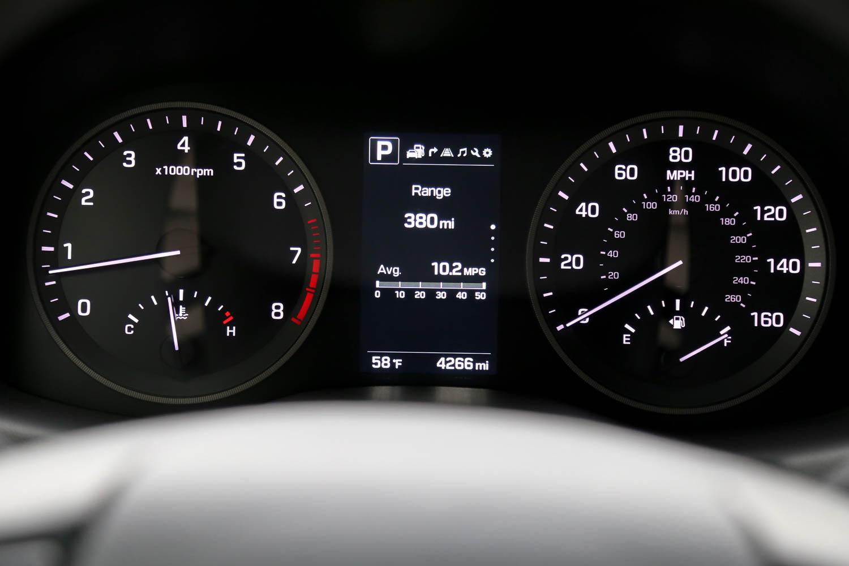 16.Hyundai.Tuscon.Limited.1.6t.AWD-5.jpg