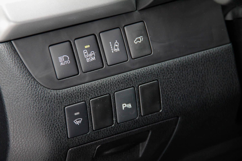 15.Toyota.Highlander.Hybrid-2.jpg