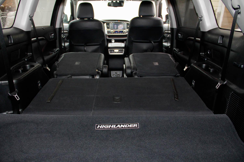 15.Toyota.Highlander.Hybrid-17.jpg