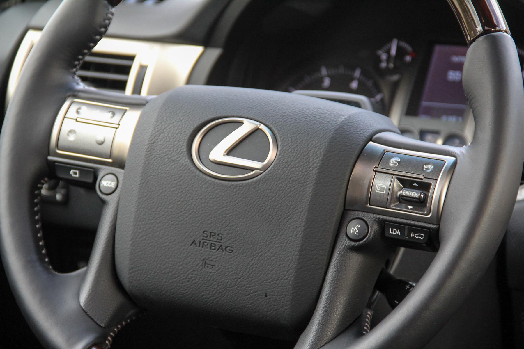 16.Lexus.GX460-4.jpg