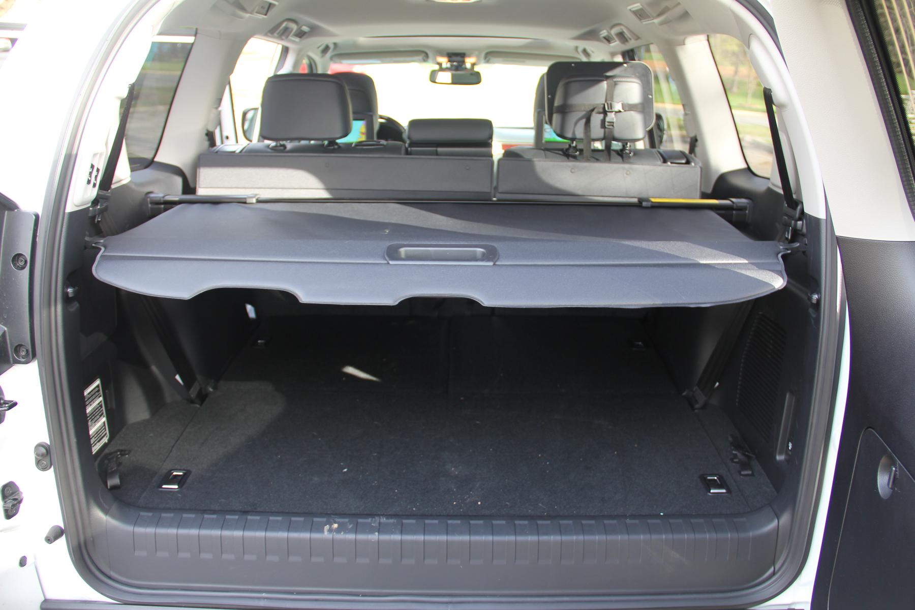 16.Lexus.GX460-27.jpg