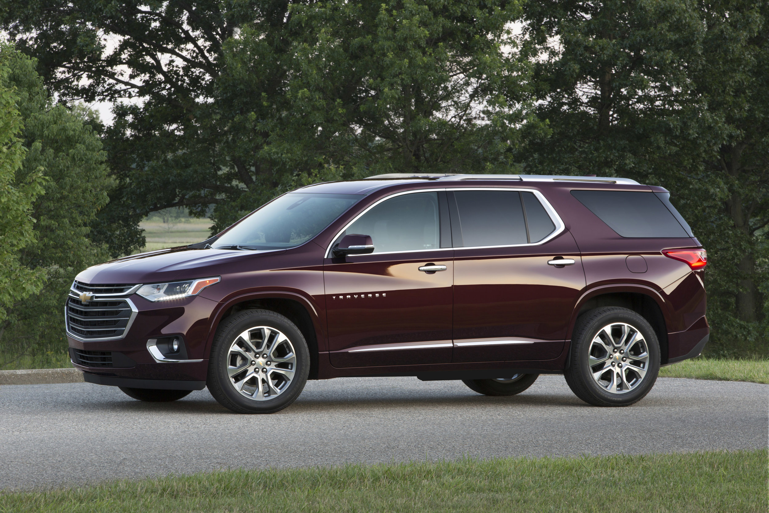2018-Chevrolet-Traverse-057.jpg